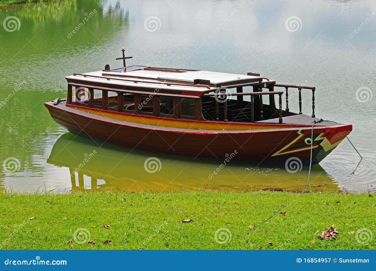 Barco em um louro