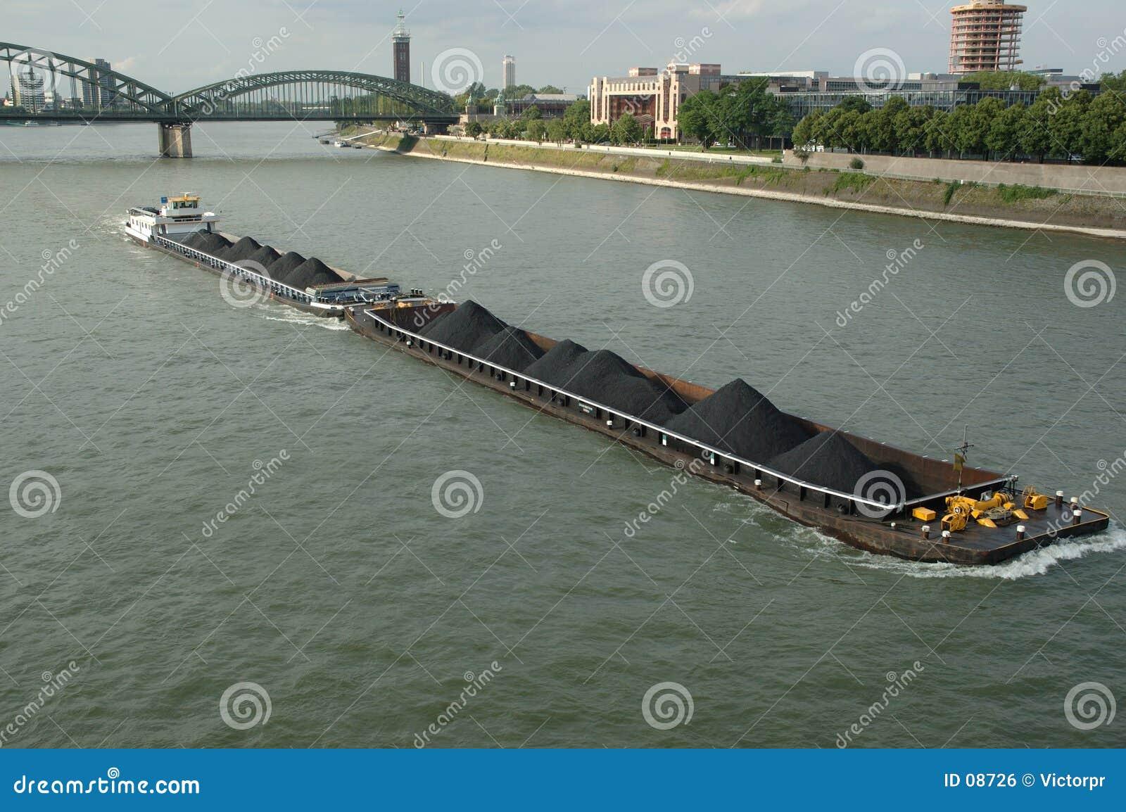 Barco en Rhin
