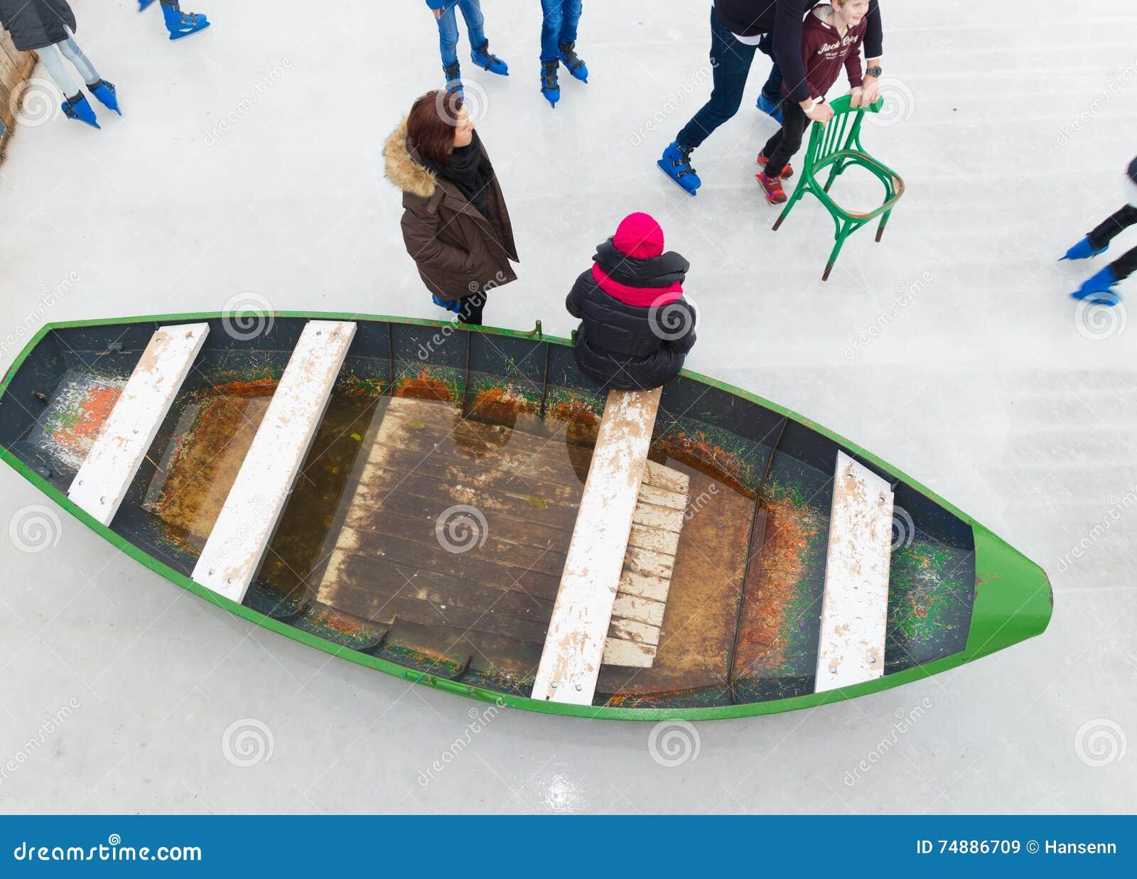 Barco no gelo