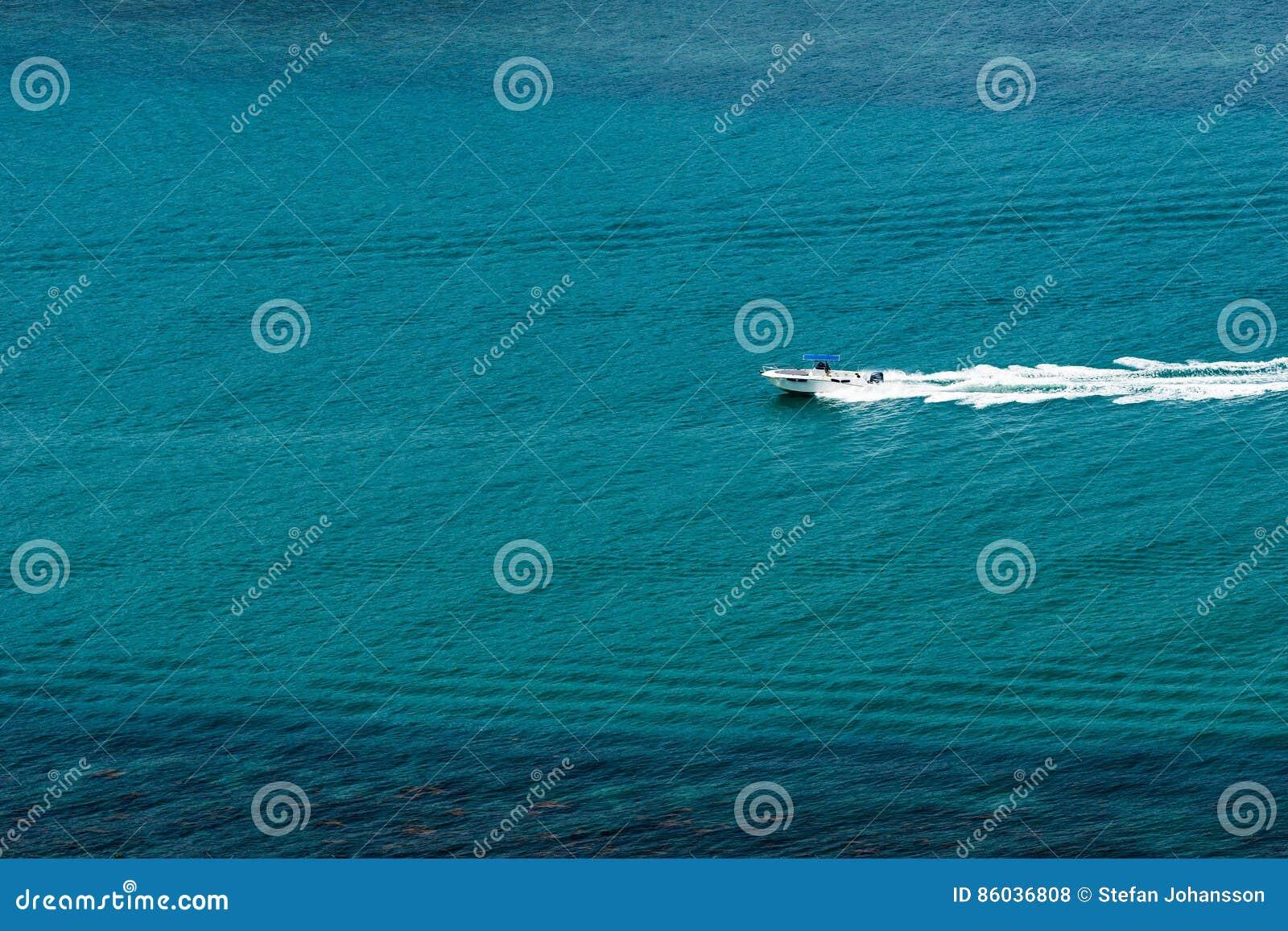 Barco só da velocidade