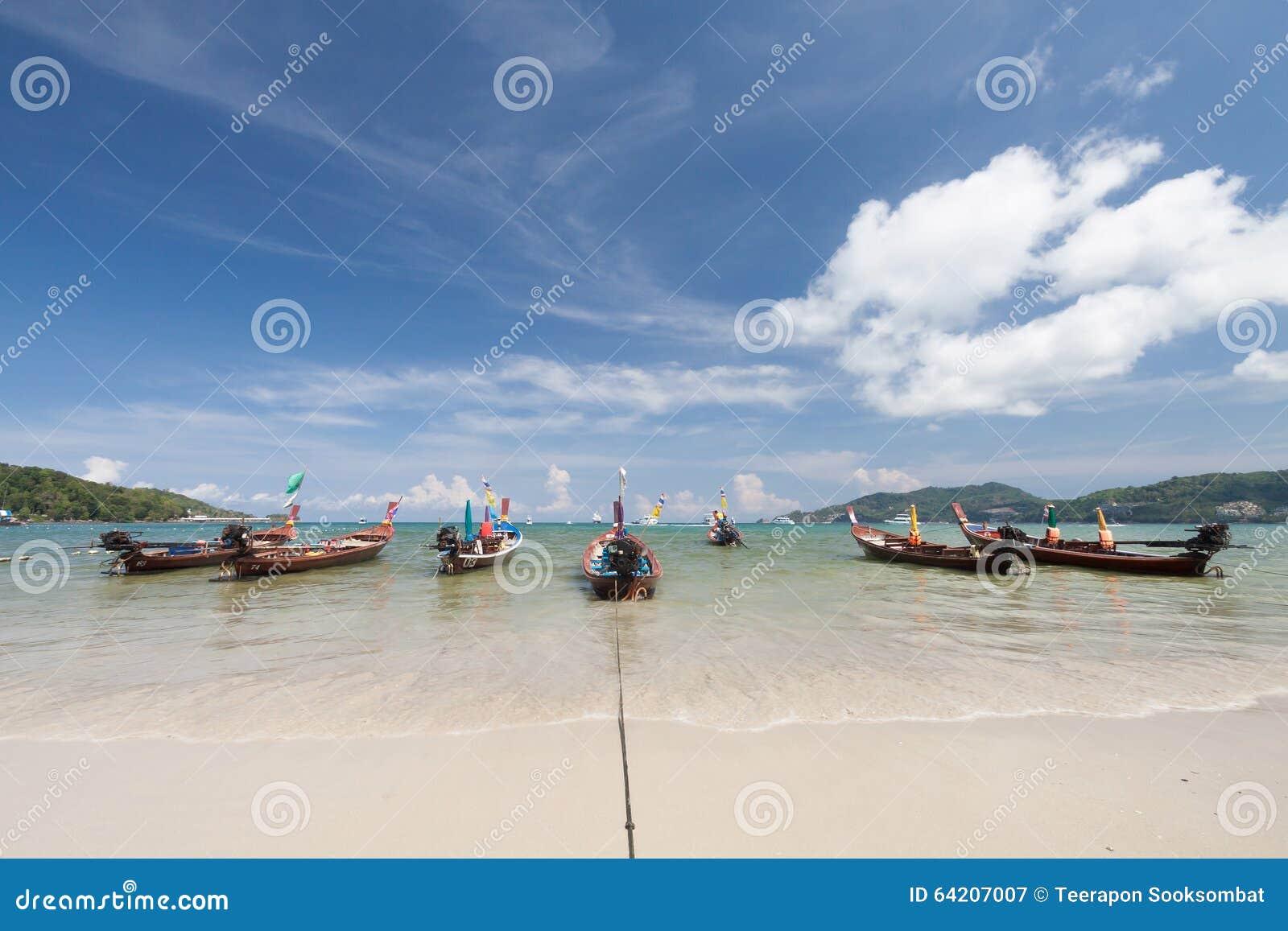 Barco tailandés tradicional de Longtail