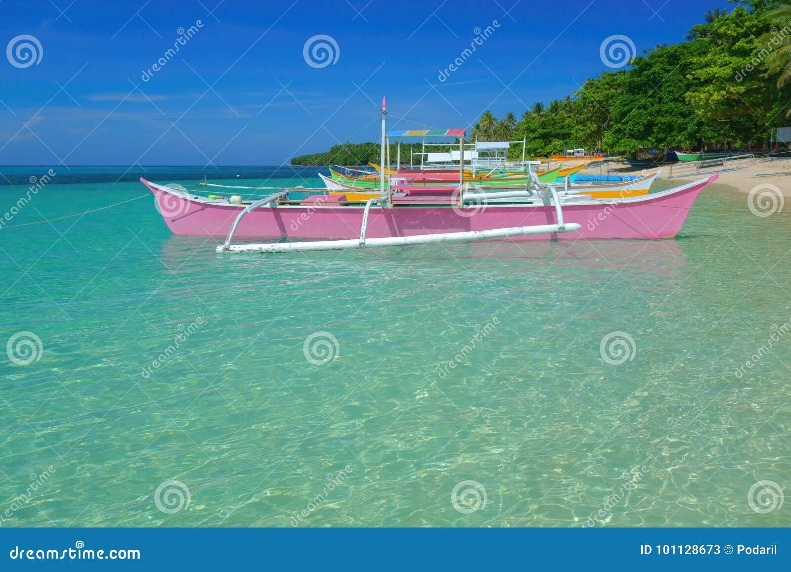Barcos coloridos