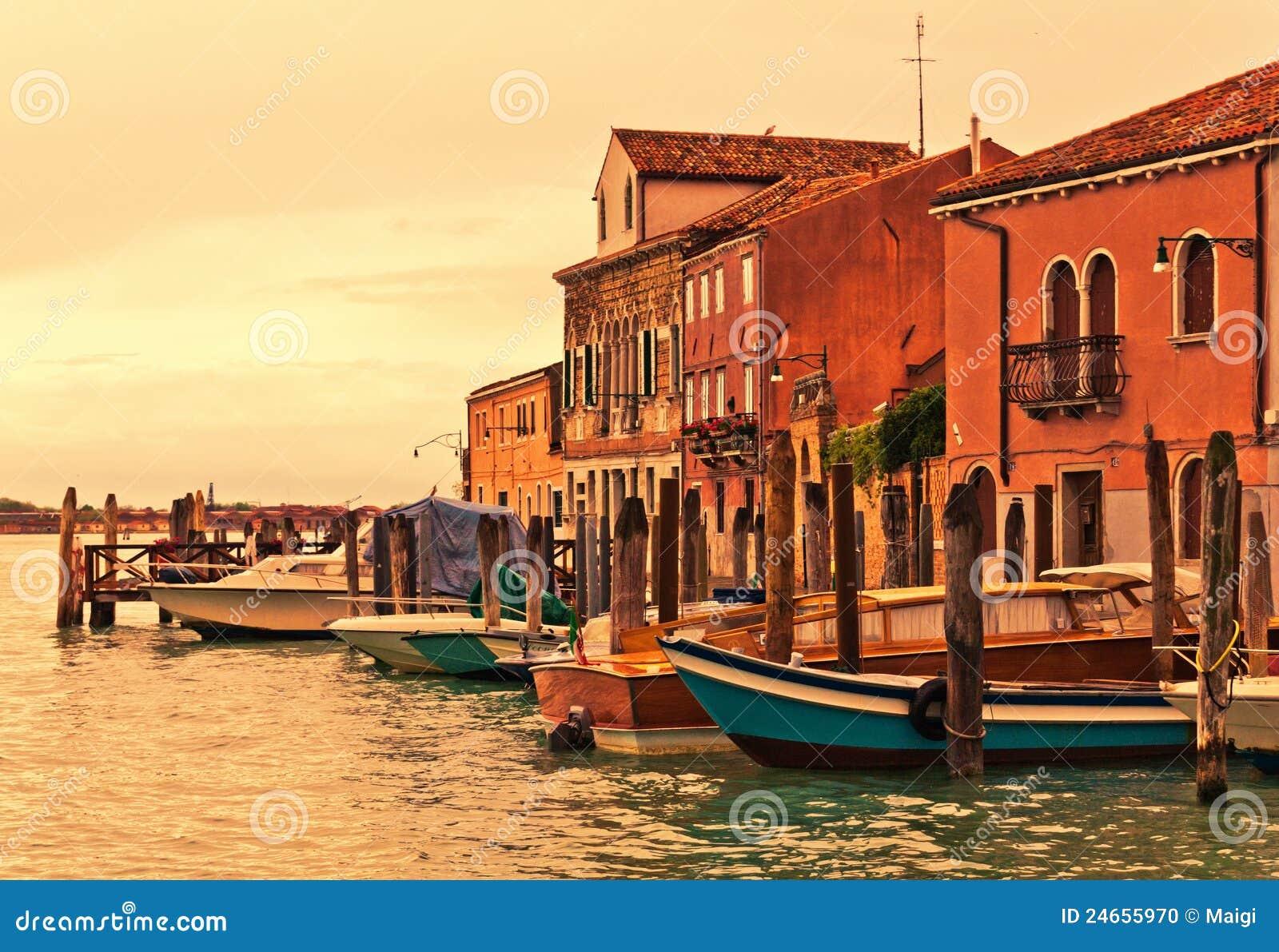 Barcos de Murano em Veneza