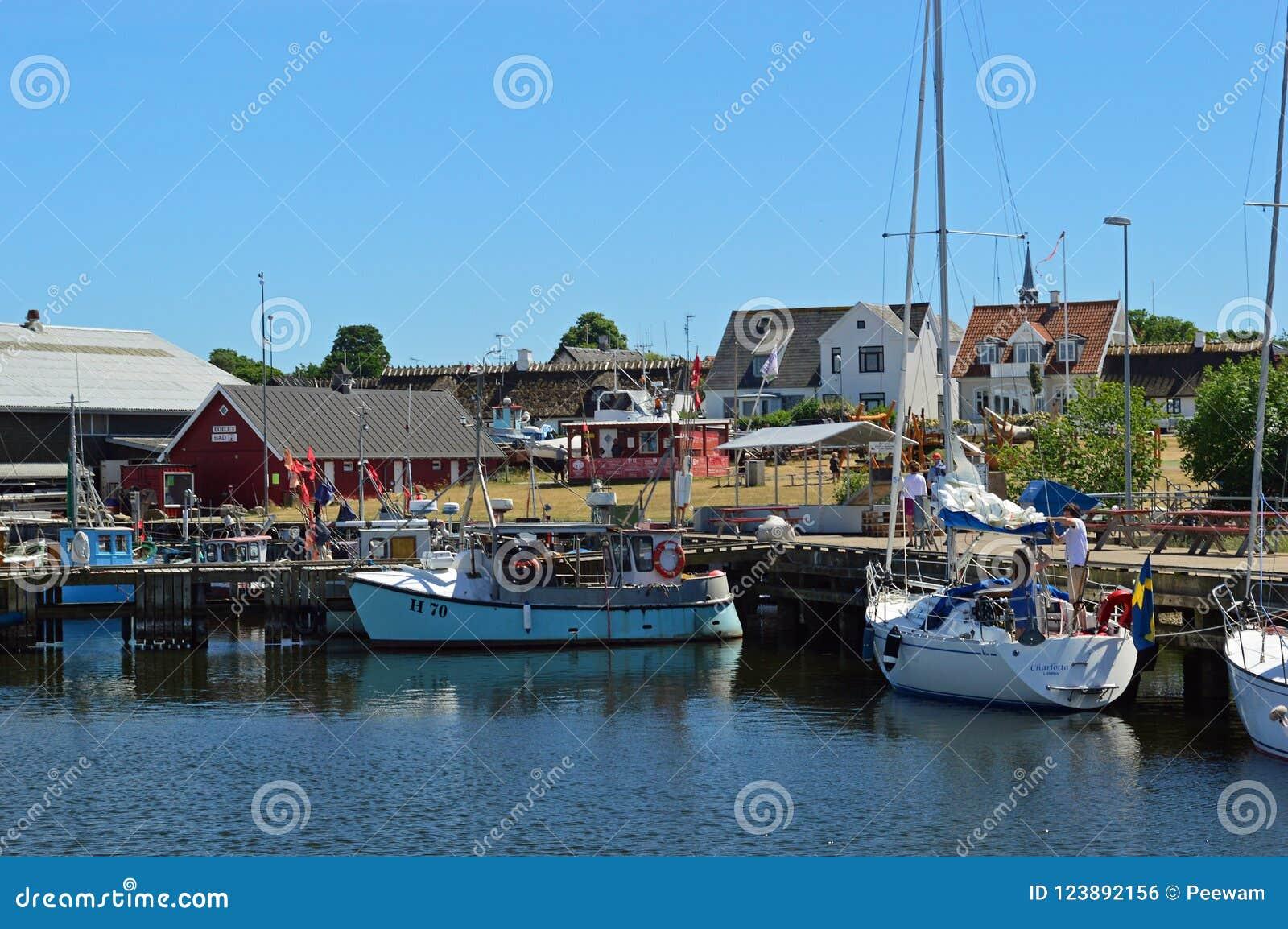 Barcos de pesca no porto de Gilleleje