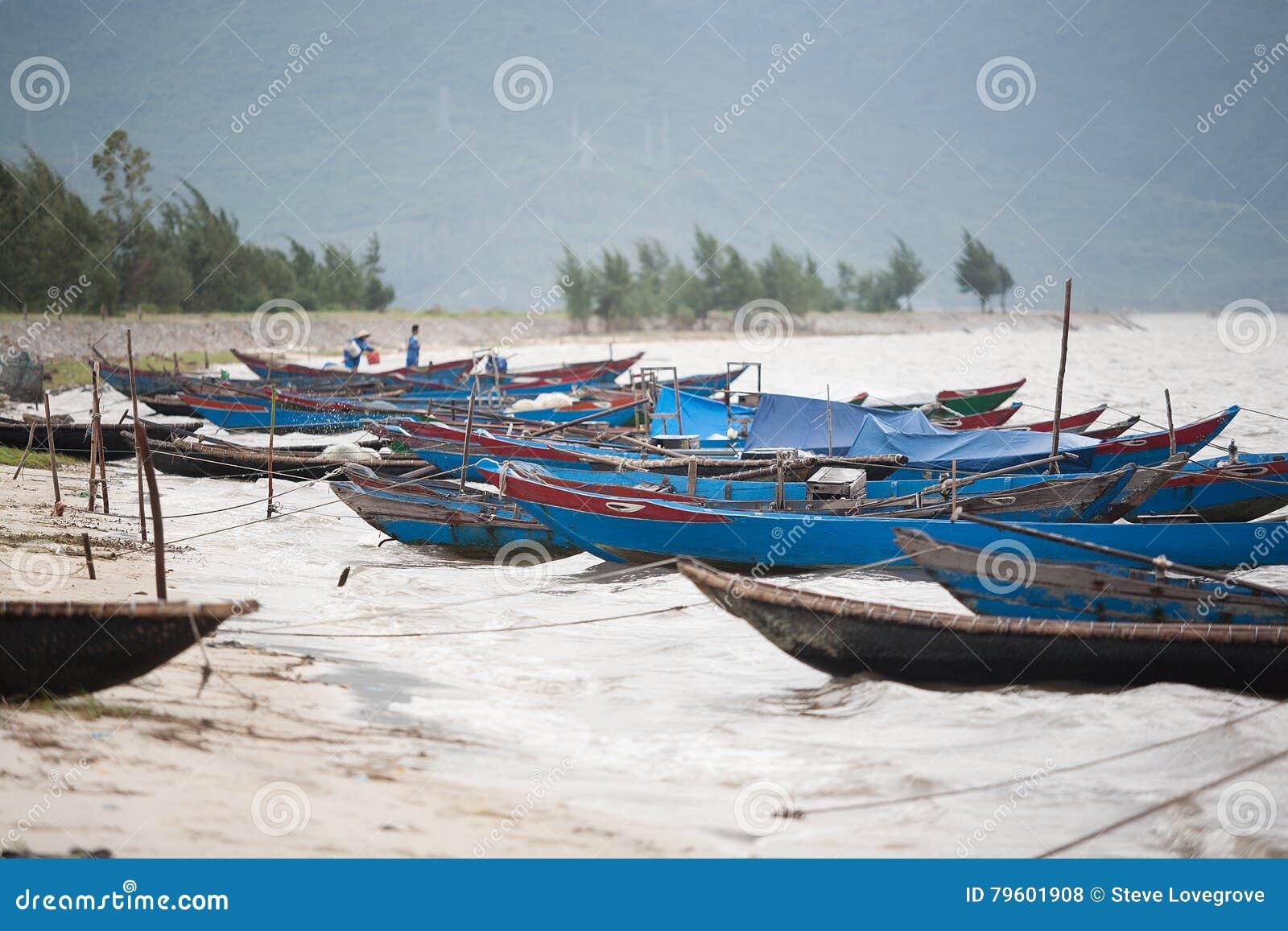 Barcos de pesca Vietnam