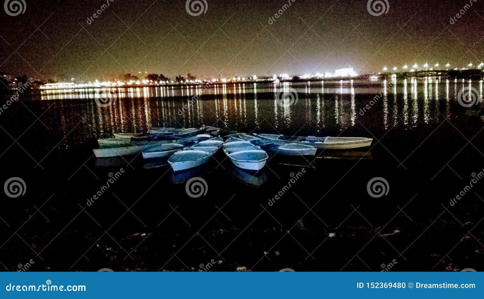 Barcos del lago
