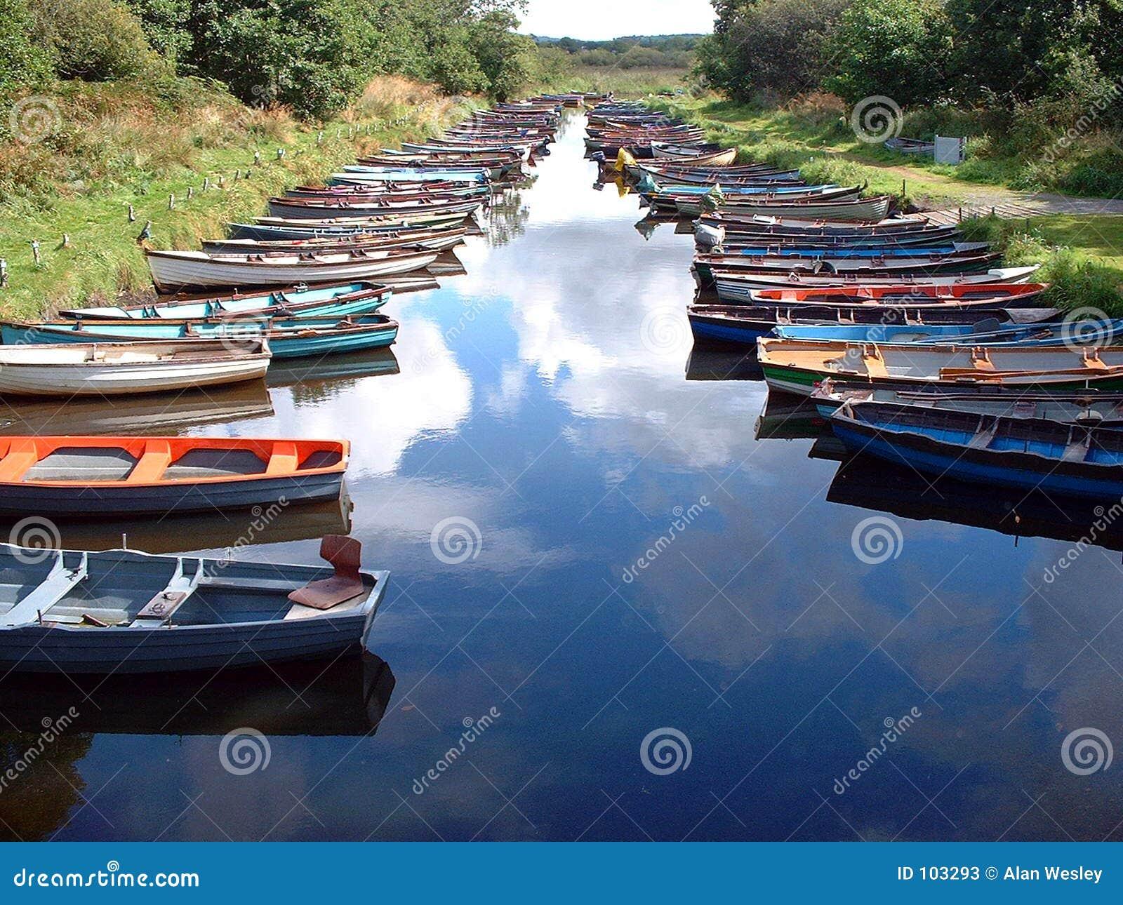 Barcos e céu