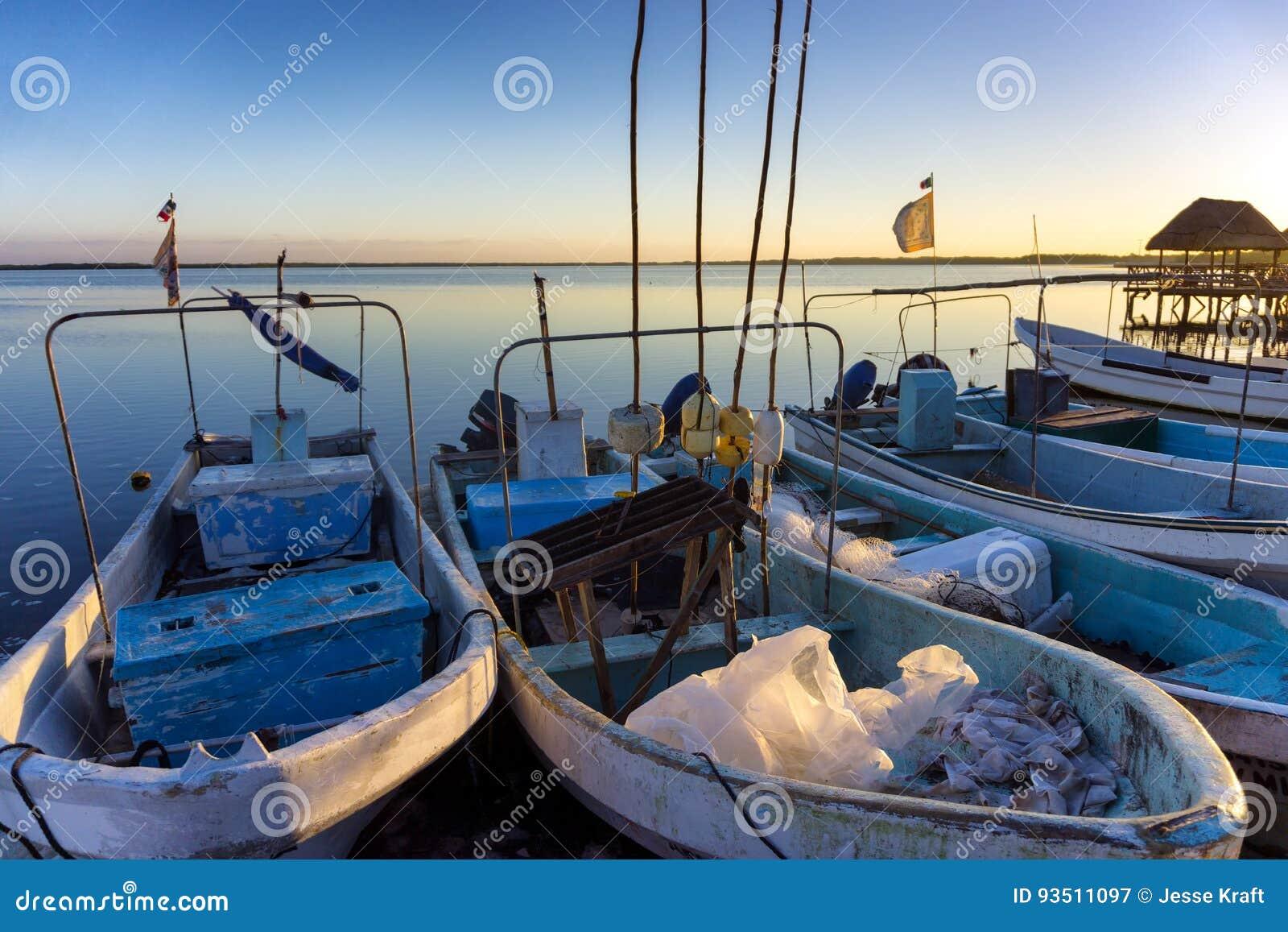 Barcos em Rio Lagartos