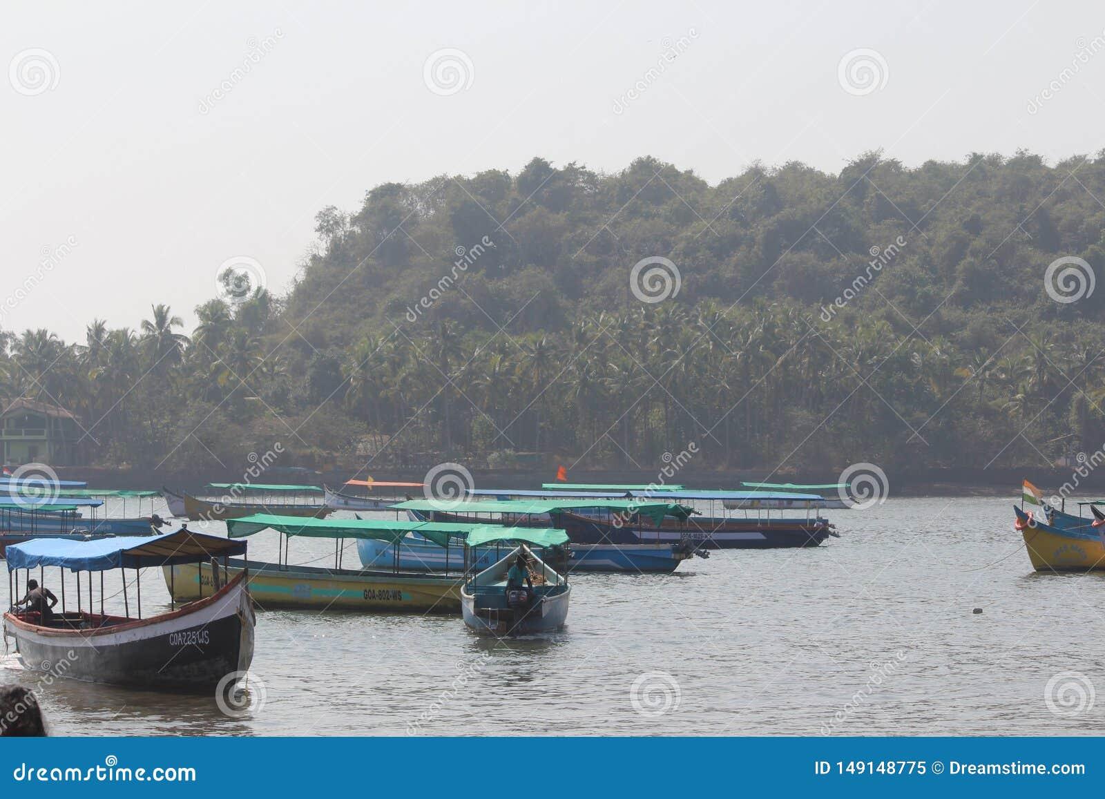 Barcos en el agua