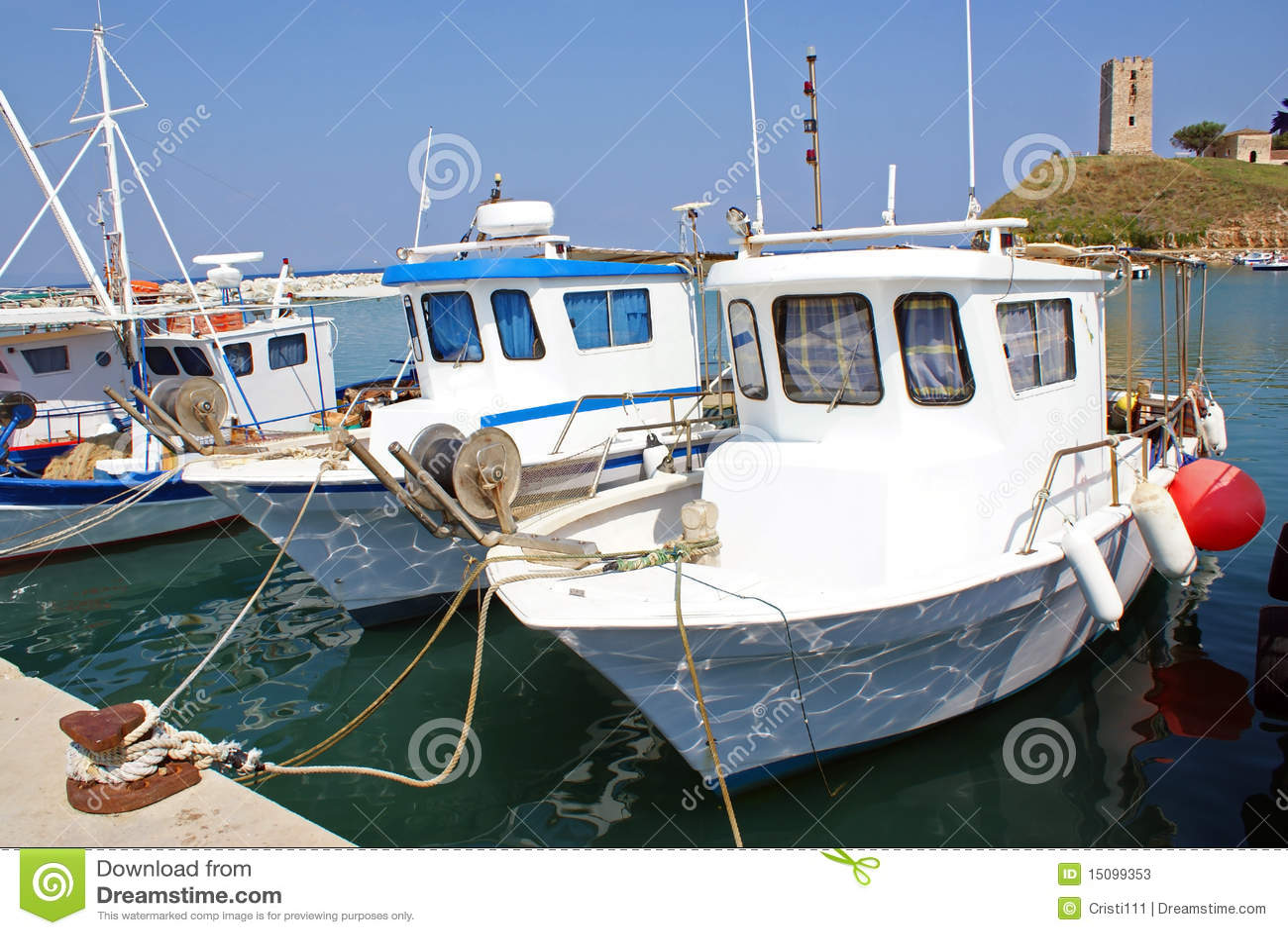 Barcos escorados