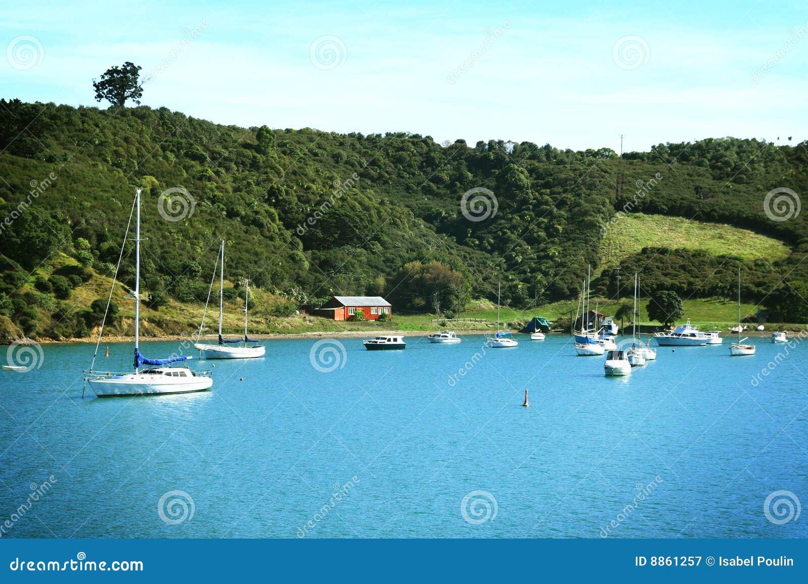 Barcos no console de Waiheke