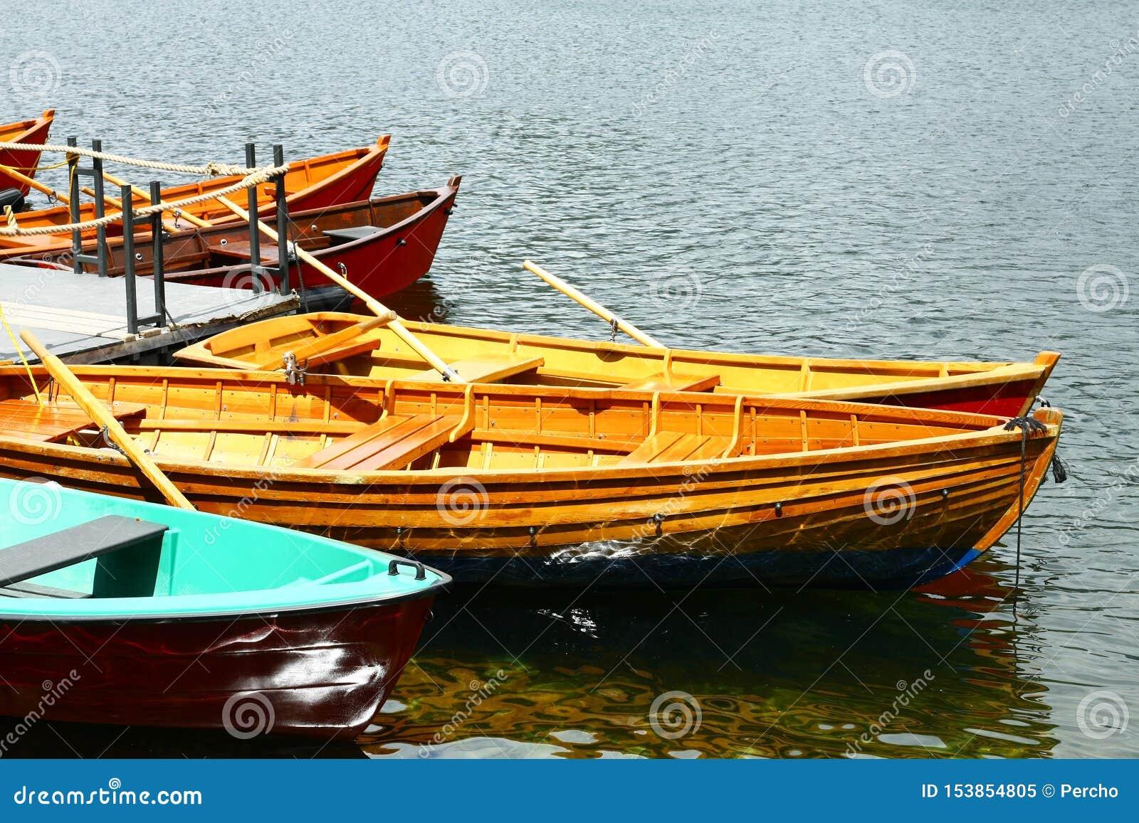 Barcos no lago Strbske Pleso