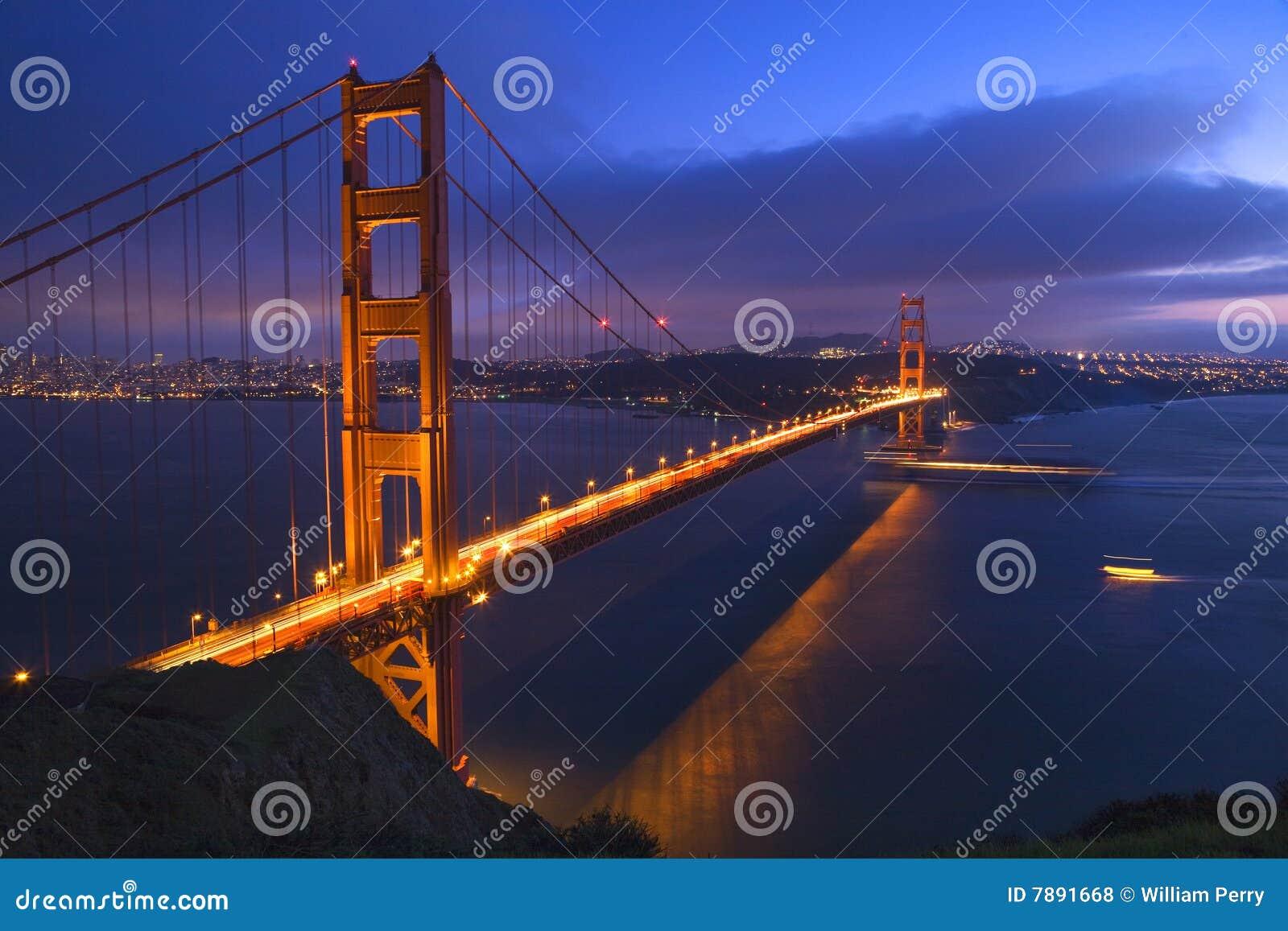 Barcos San Francisco da ponte de porta dourada