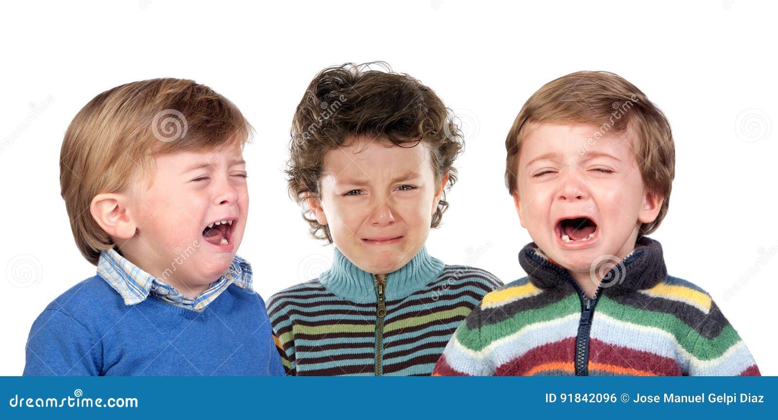 Bardzo smutny dzieci płakać