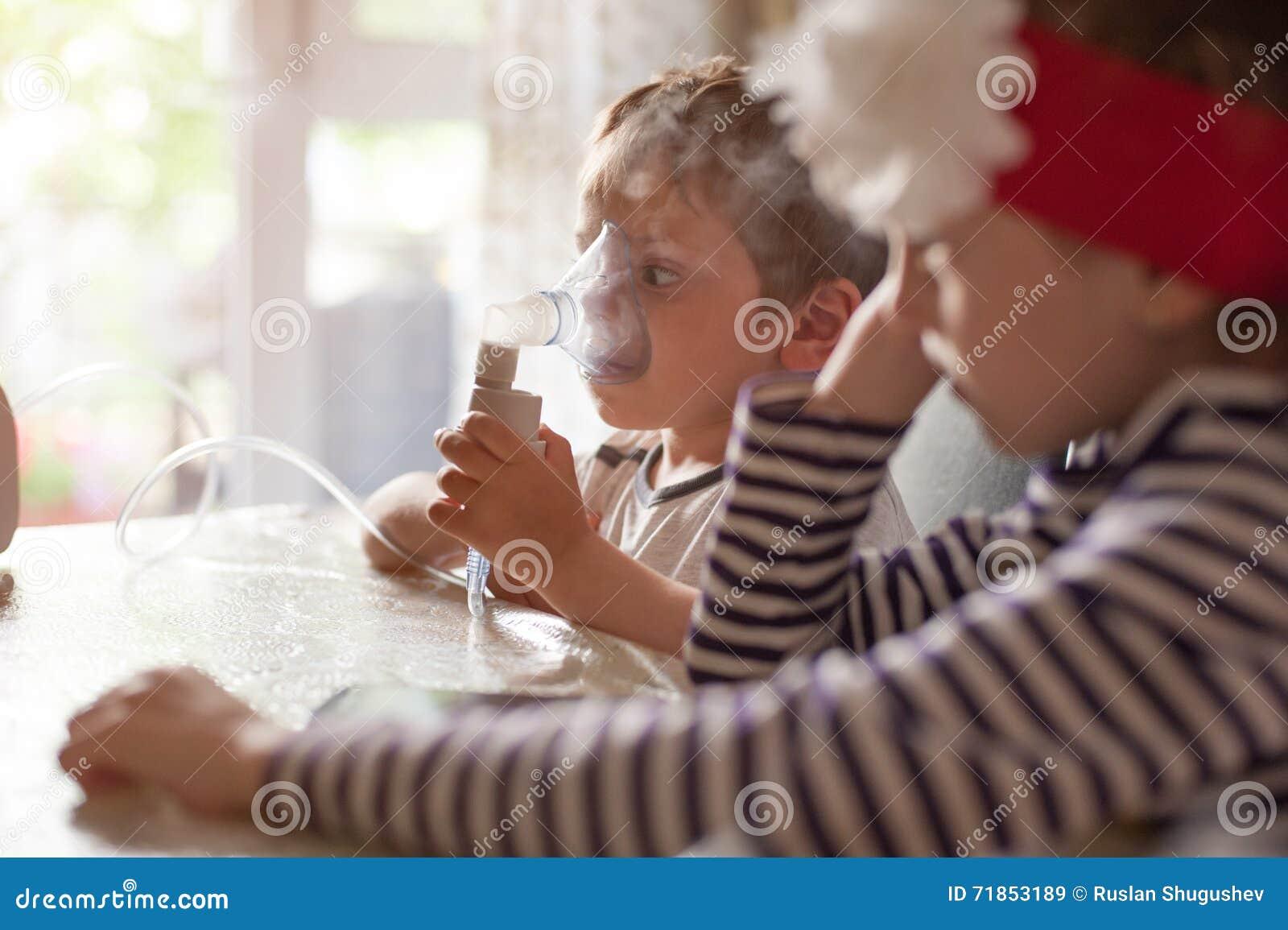 Inredning astma barn : Barn Inandning, Sjukvård, Medicin, Astma, Sjukdom, Virus, Epidemi ...