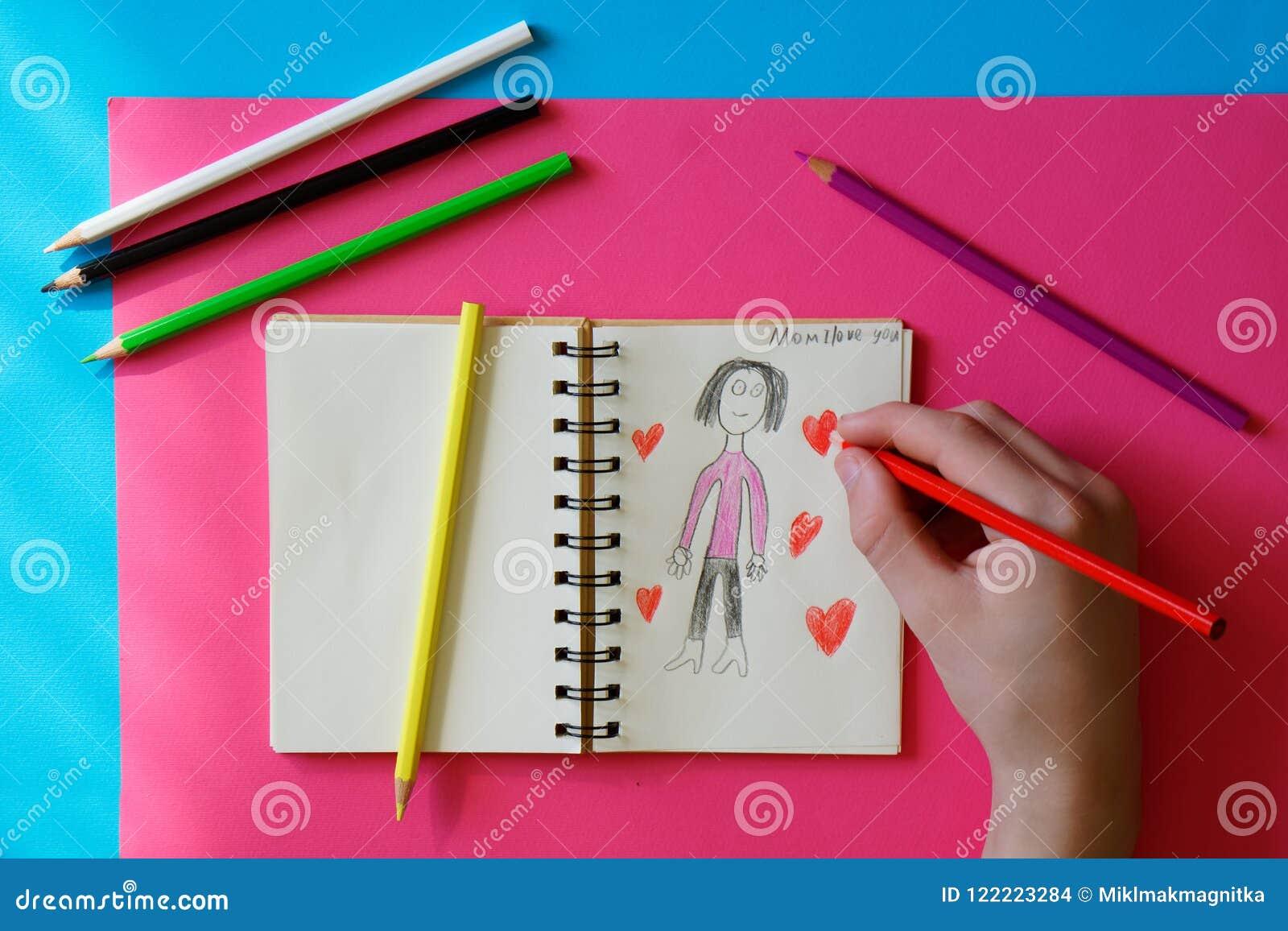 Barn - tonåringen drar en bild för mamma
