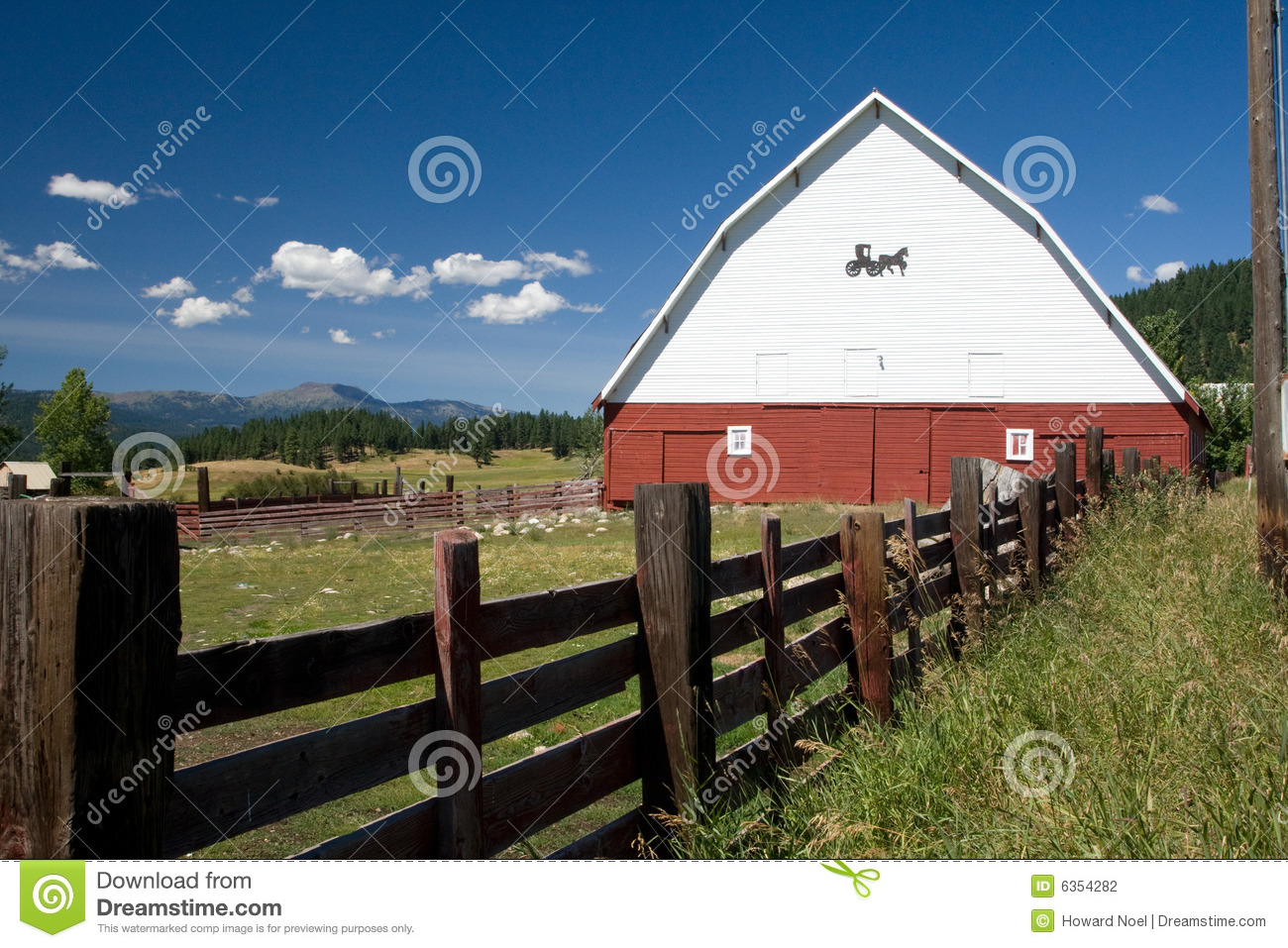 Barn And Wood Fence Stock Photography Image 6354282