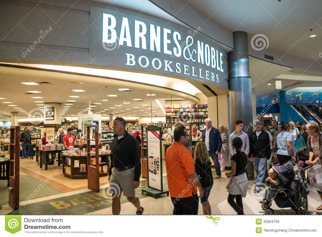 Barnes And Noble In Mall Of America Editorial Stock Image ...