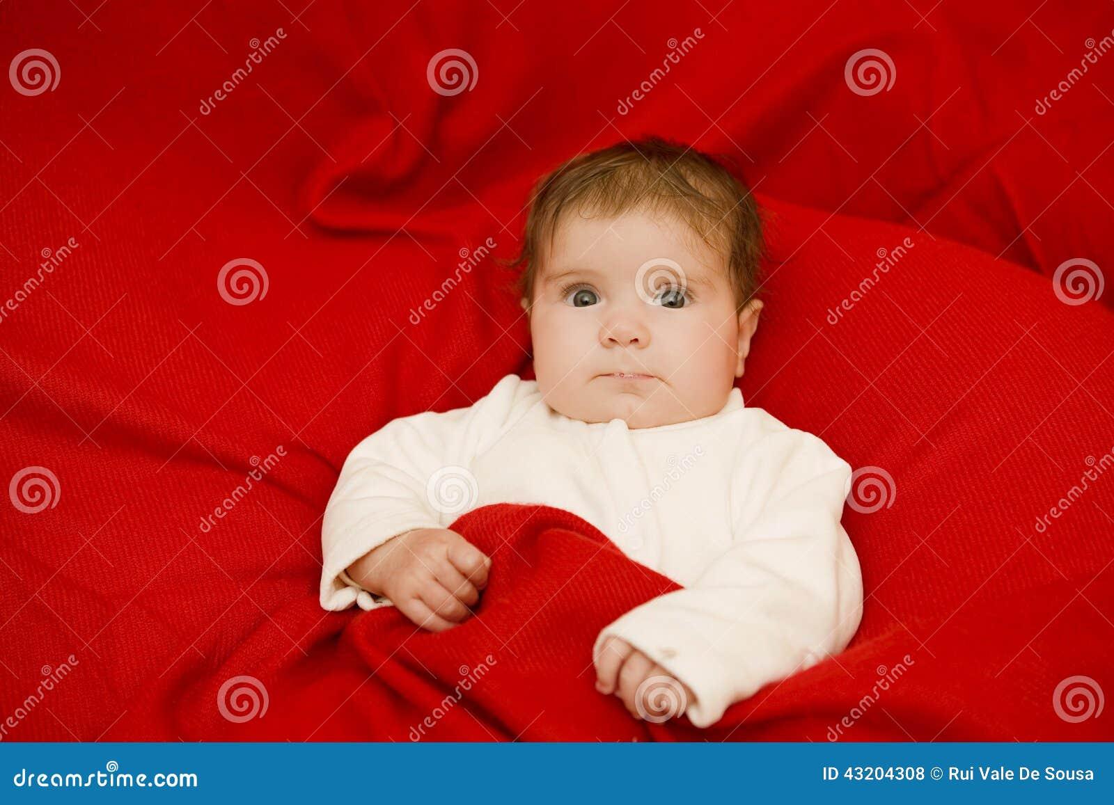 Download Barnet Behandla Som Ett Barn Ståenden Arkivfoto - Bild av stående, dotter: 43204308