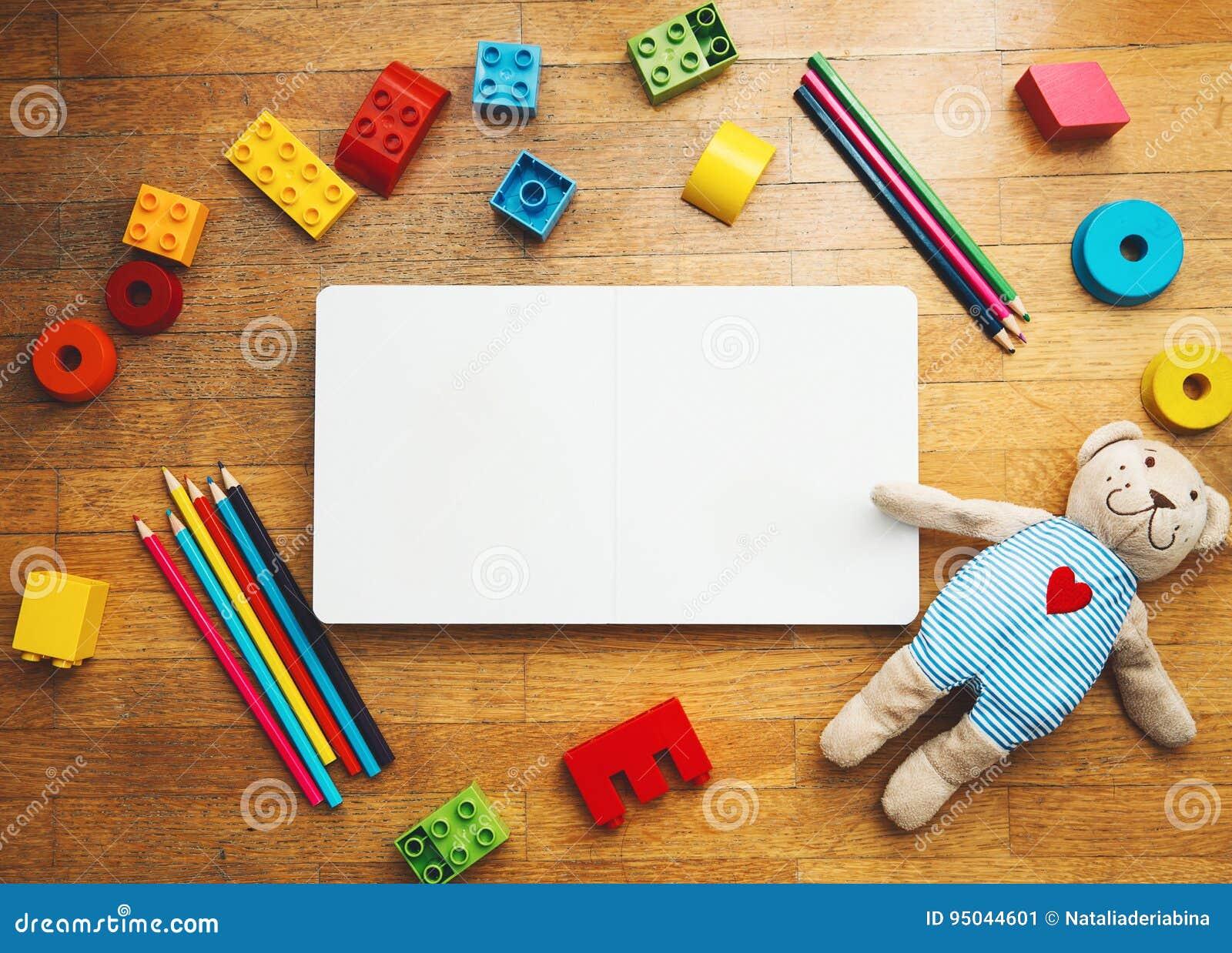 Barnet eller behandla som ett barn fastställd bakgrund för lek