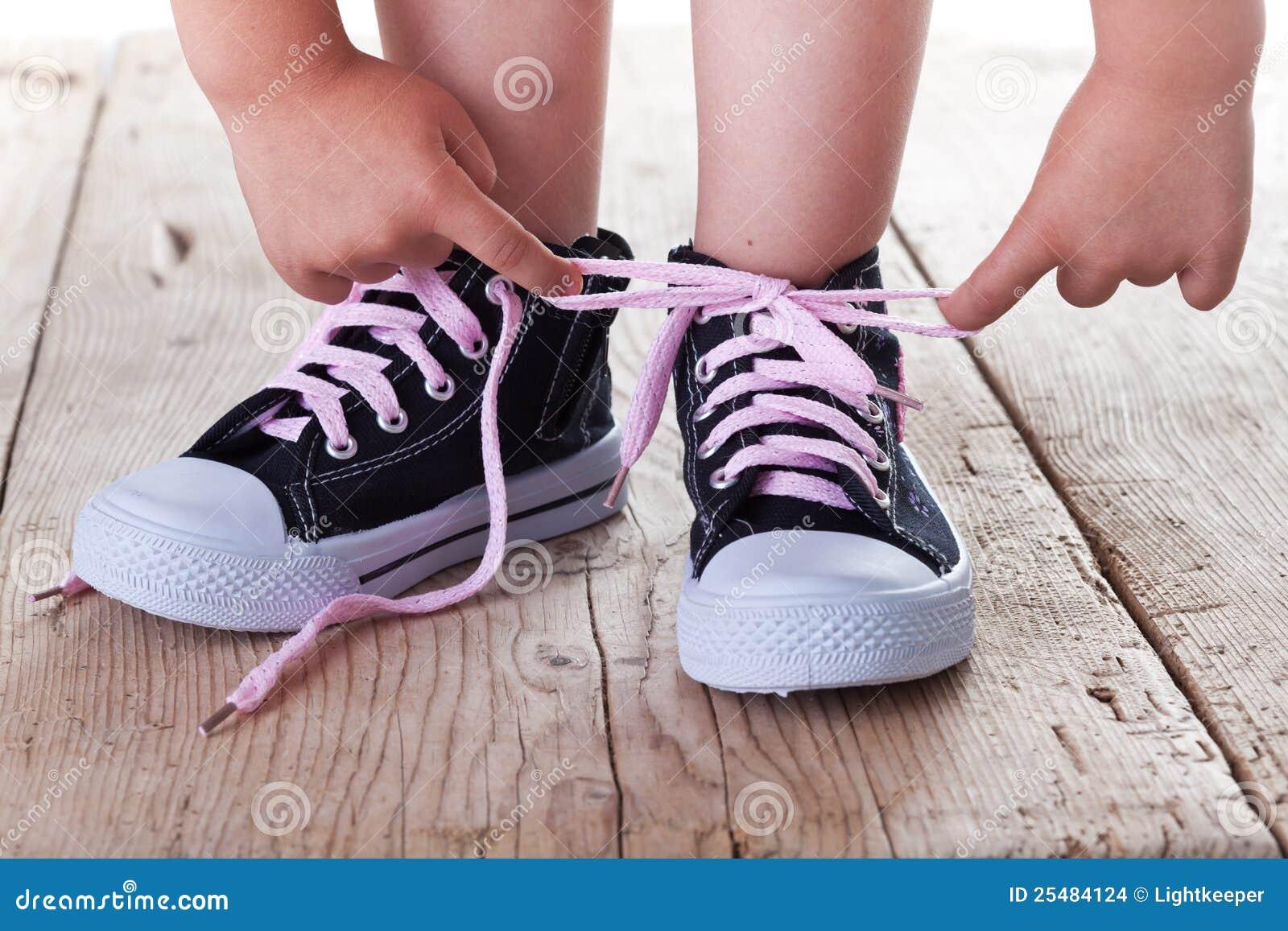 Barnet shoes lyckat ties