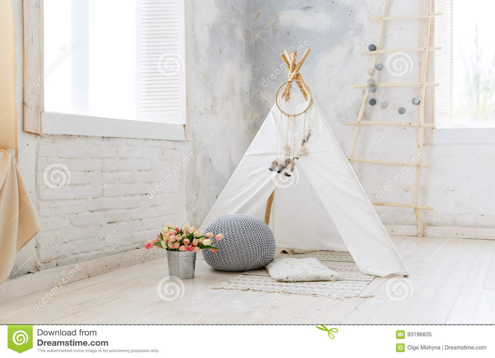 Barnrum i vind eller lantlig stil