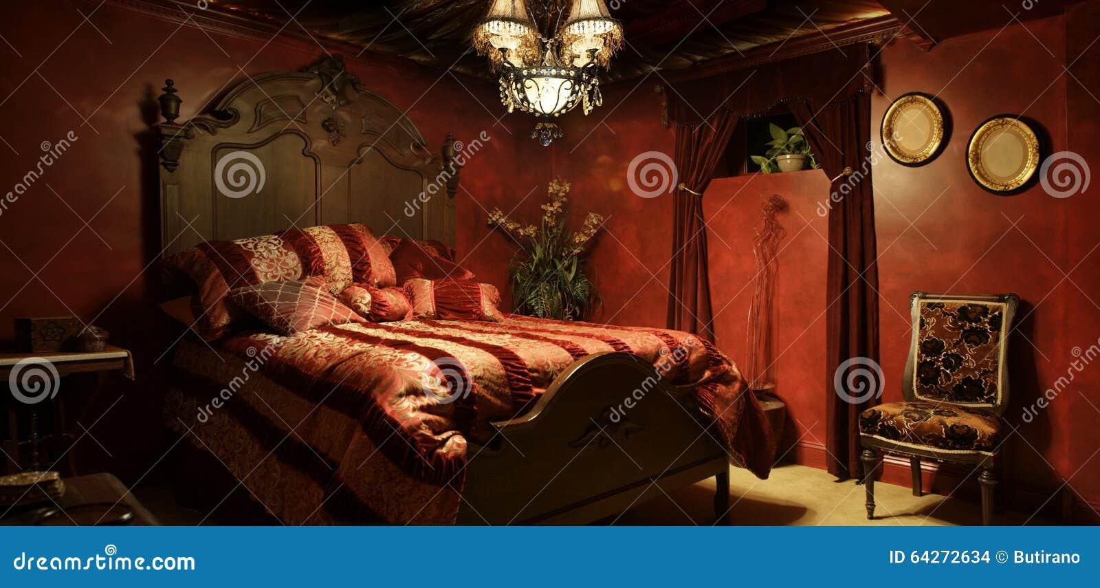 Barockes Rotes Schlafzimmer Stockfoto - Bild von barock ...