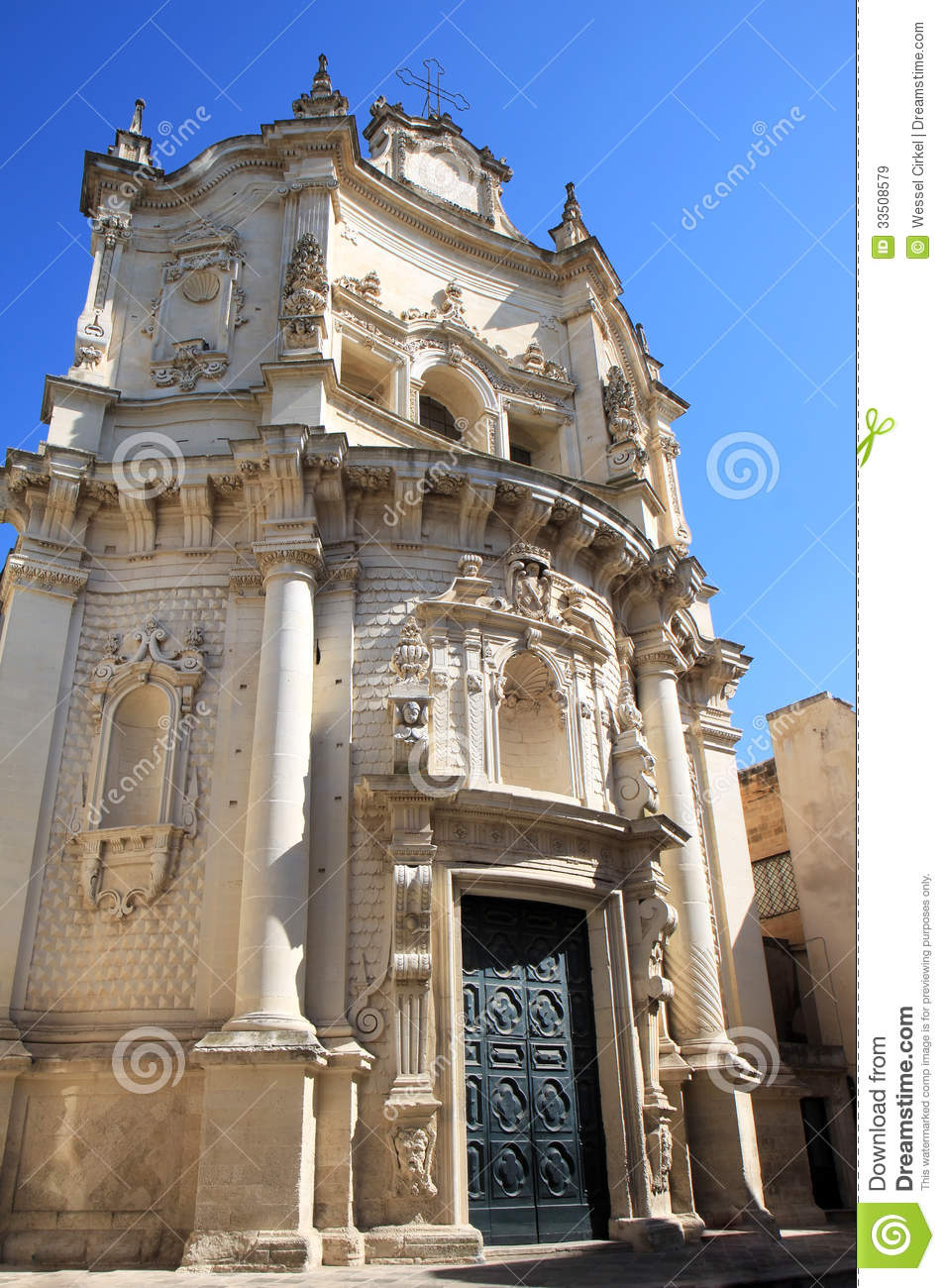 Baroque facade of chiesa di san matteo lecce italy stock for Baroque italien