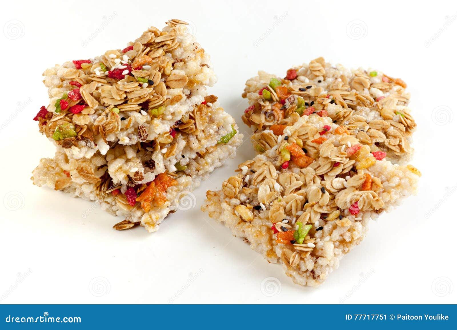 Barra de granola curruscante de los granos