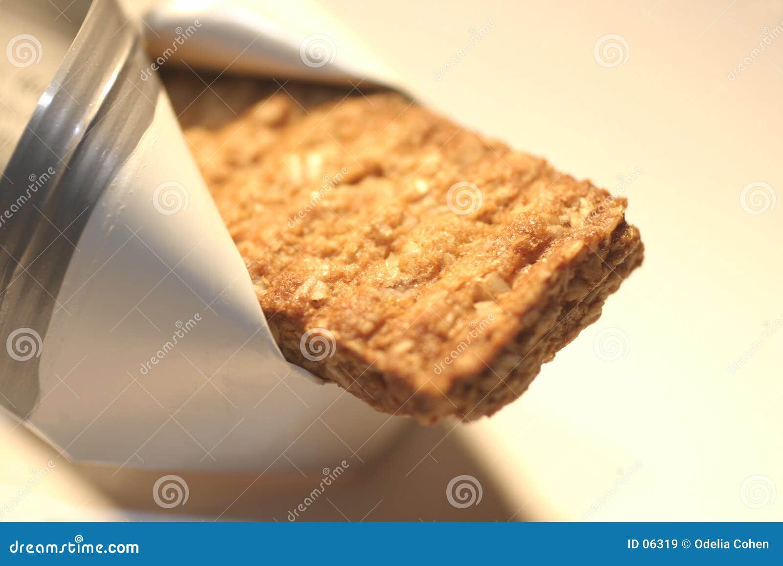 Barra de granola dourada