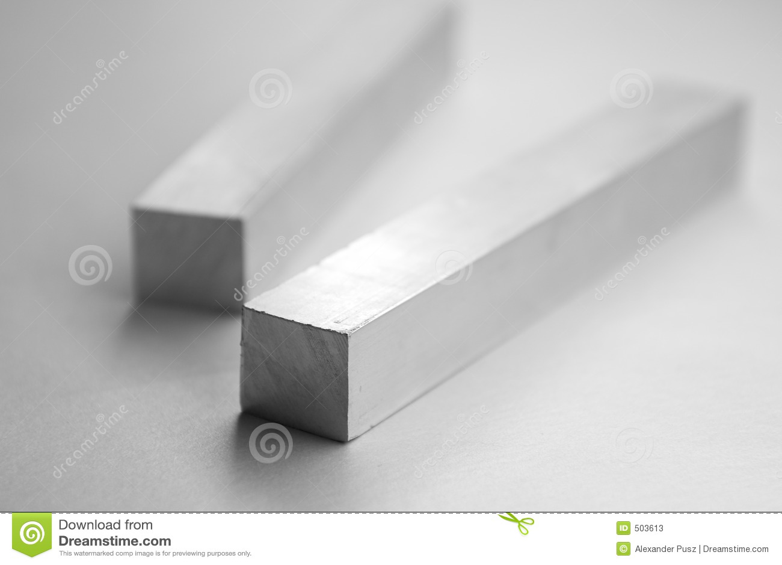 Barras de aluminio fotos de archivo imagen 503613 - Barras de aluminio huecas ...
