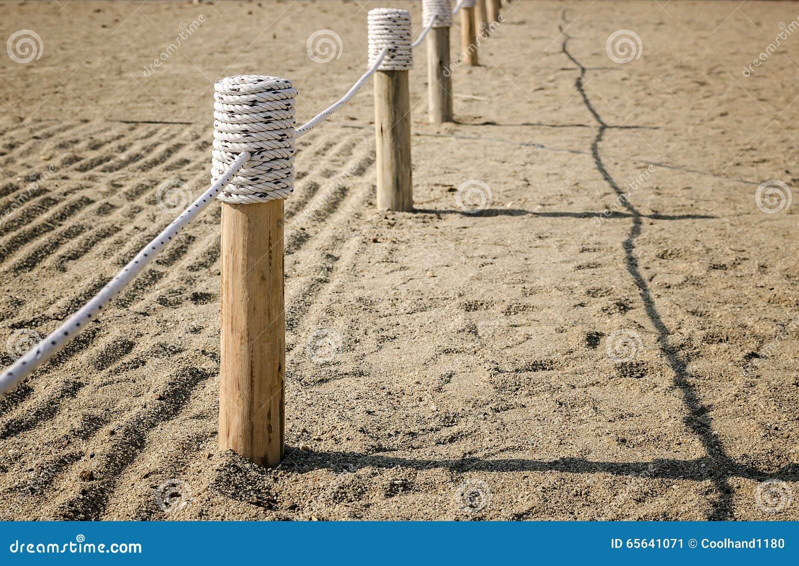 Barrière en bois Tied avec la corde