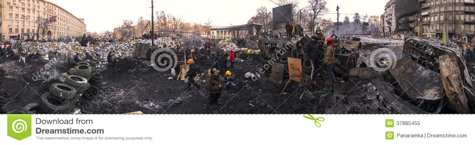 Barricades in de straat Hrushevskoho