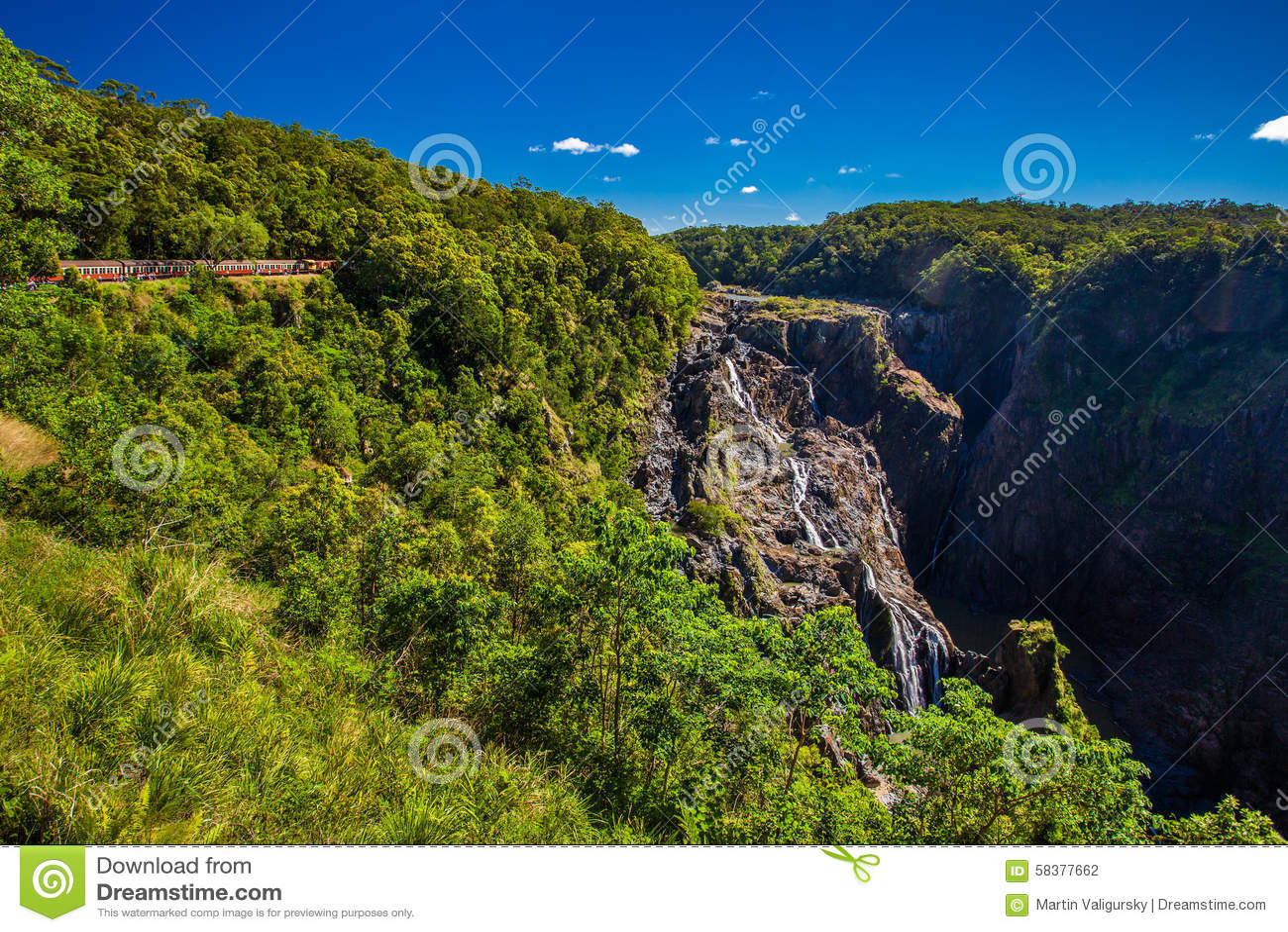 Barron Falls och Kuranda sceniska järnvägar, Queensland, Australien