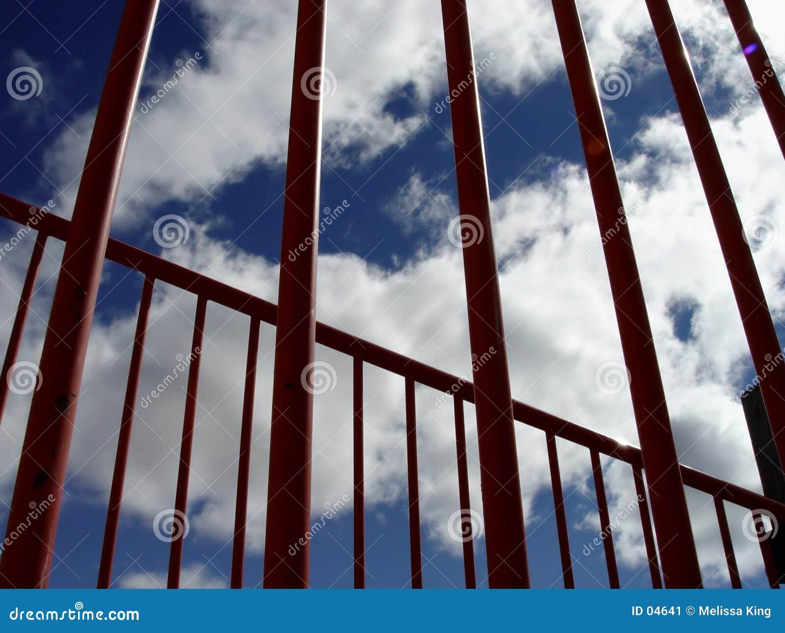 Bars skyen though