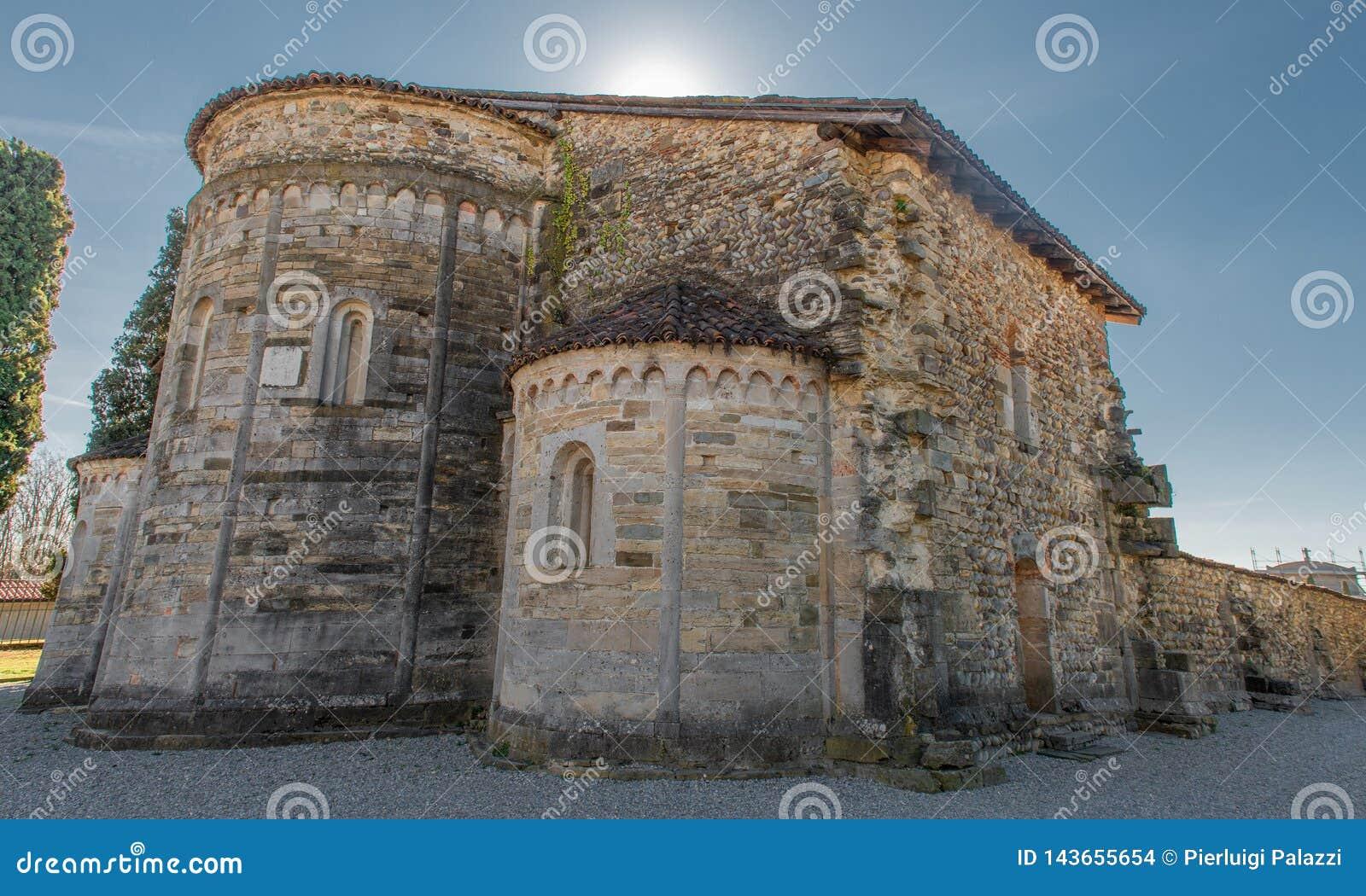 Basílica de Santa Giulia de Bonate Sotto