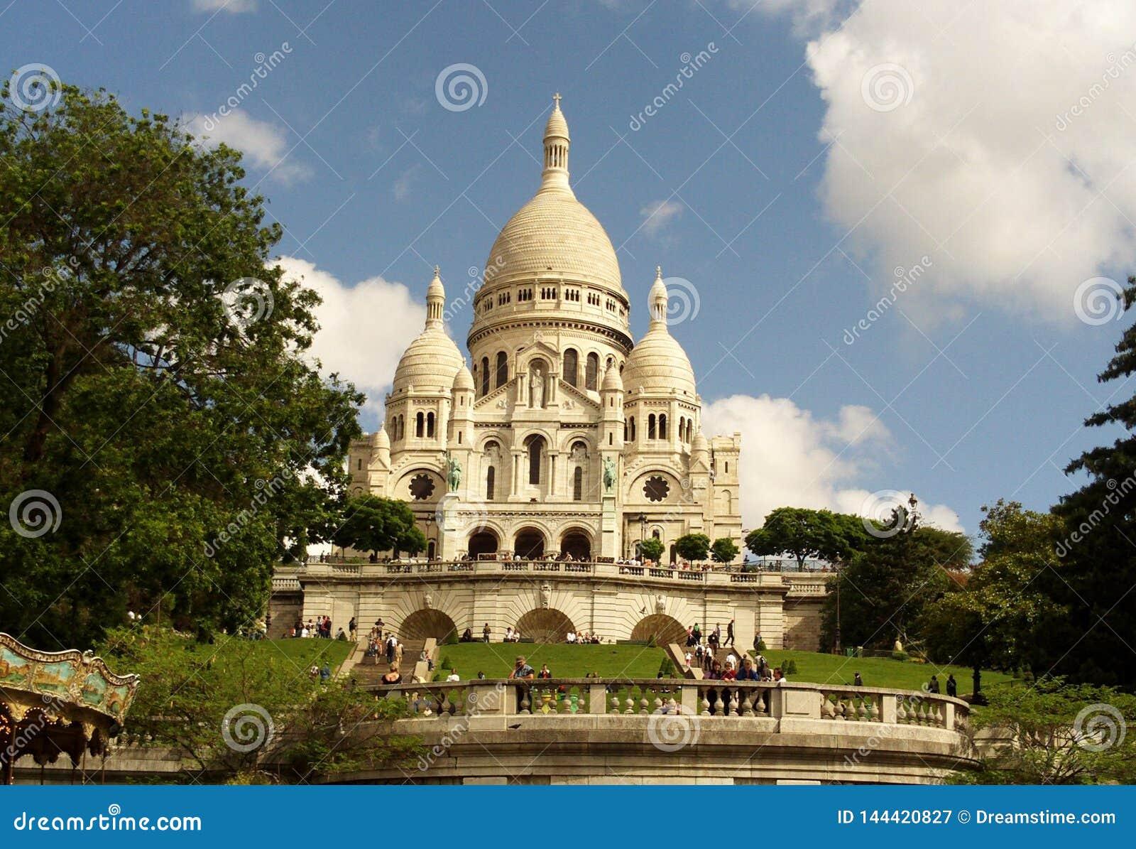 Basílica do coração sagrado, Paris, França