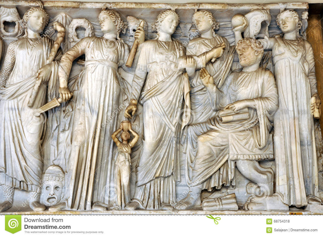 a description of the romans as collectors and admirers of greek art Romans were collectors and admirers of greek art art from greece was brought to rome, copied, and also changed by the romans as a result, roman art is.