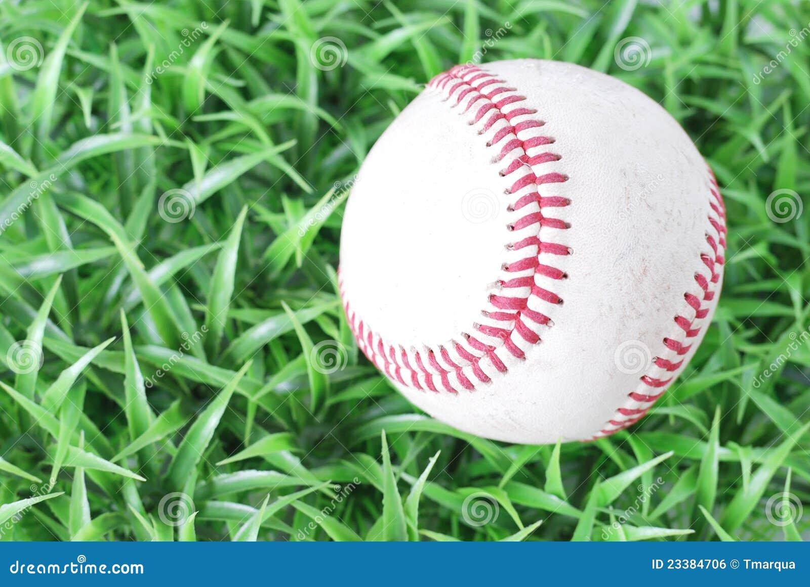 Base-ball sur l herbe
