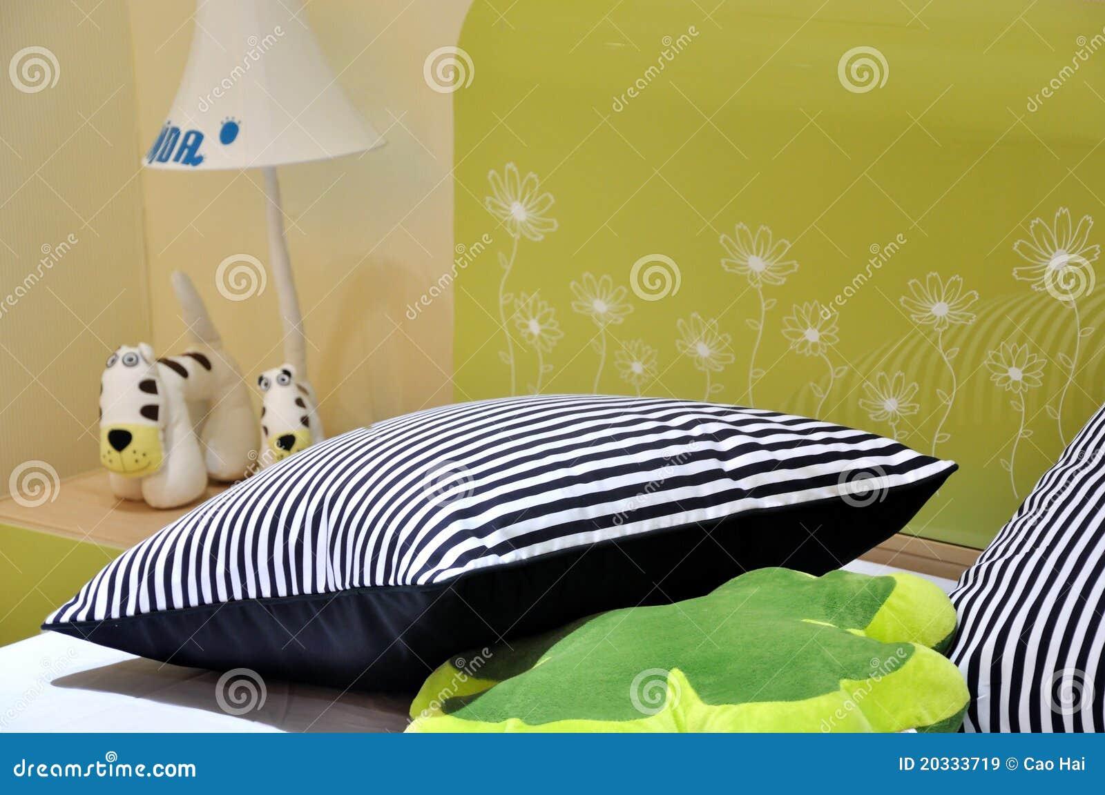 Base e cuscino in camera da letto per i bambini immagine - Camera da letto per bambini ...