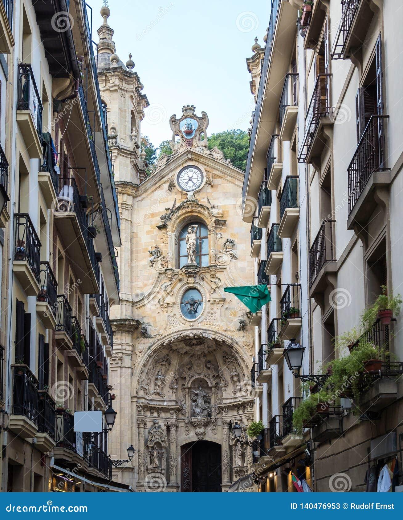 Basilika av Santa Maria del Coro i San Sebastian - Donostia, Spanien