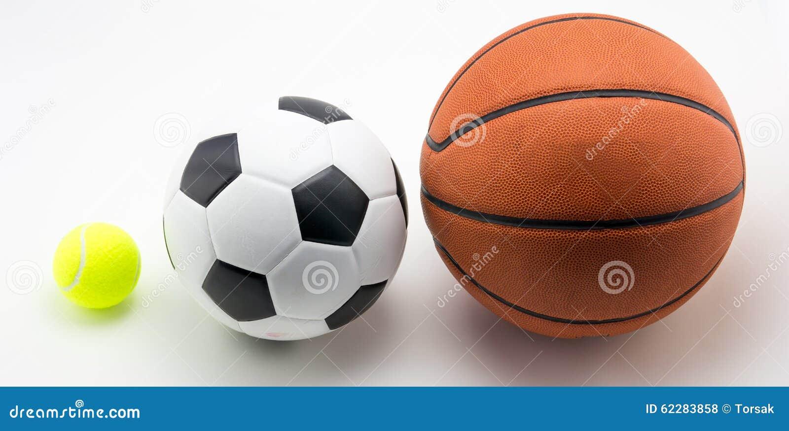 basket ball et balle de tennis de ballon de football photo stock image 62283858. Black Bedroom Furniture Sets. Home Design Ideas