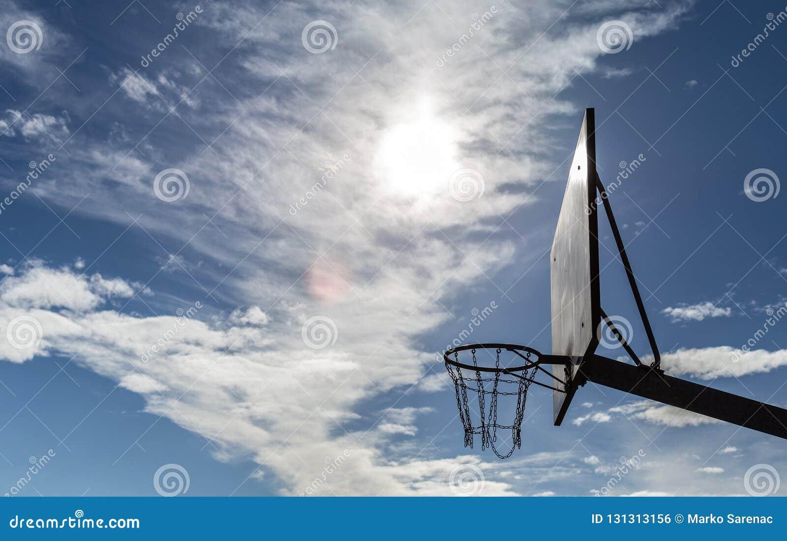 Basket förtjänar boaen sport solig dag