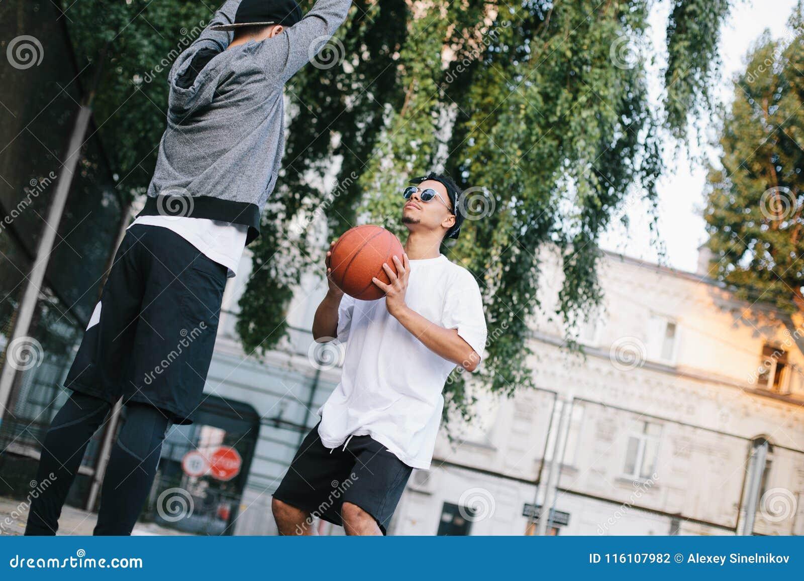 Basketspelarna