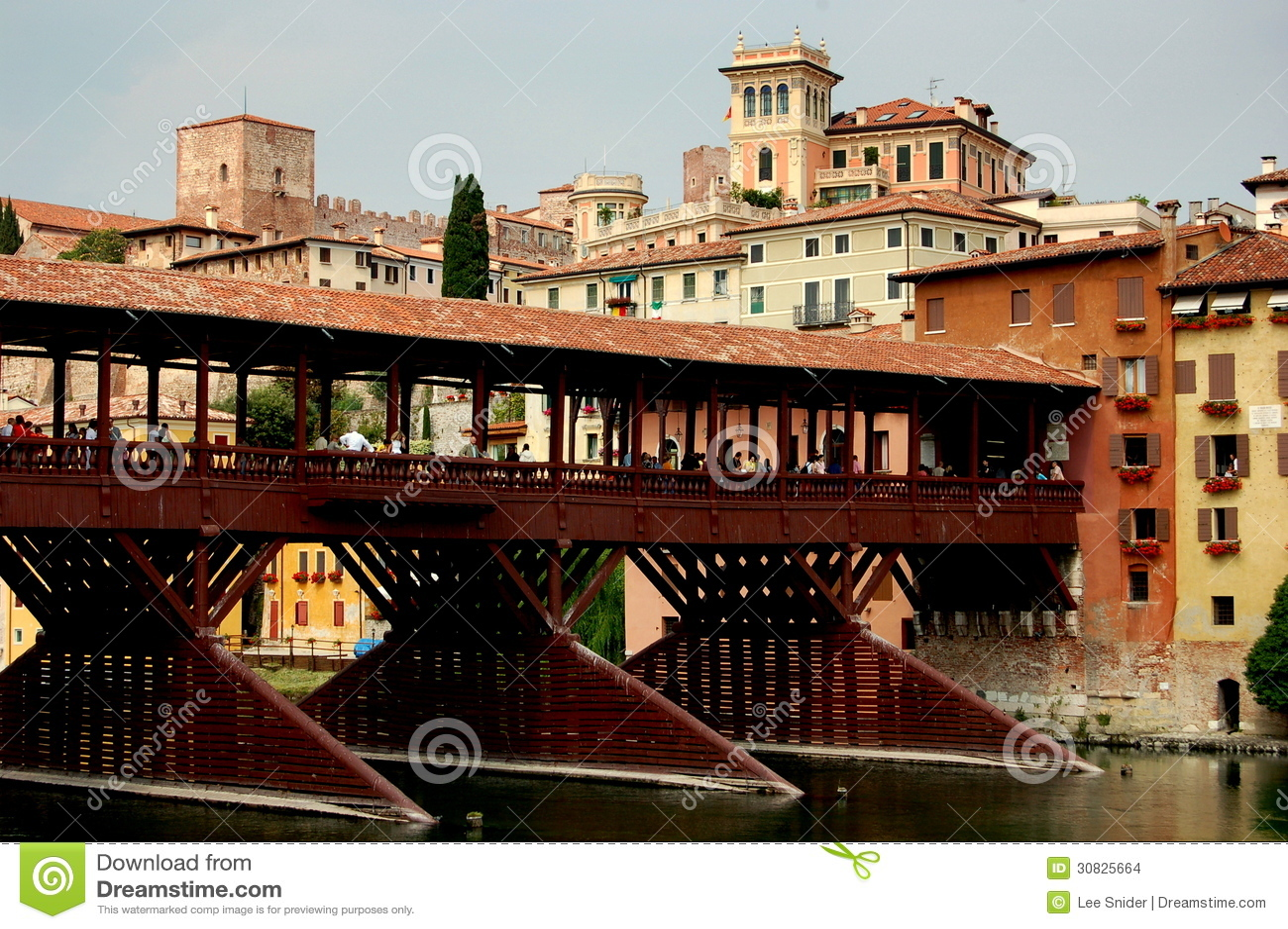 Bassano del Grappa, Italia: Ponte del XIII secolo Coperto