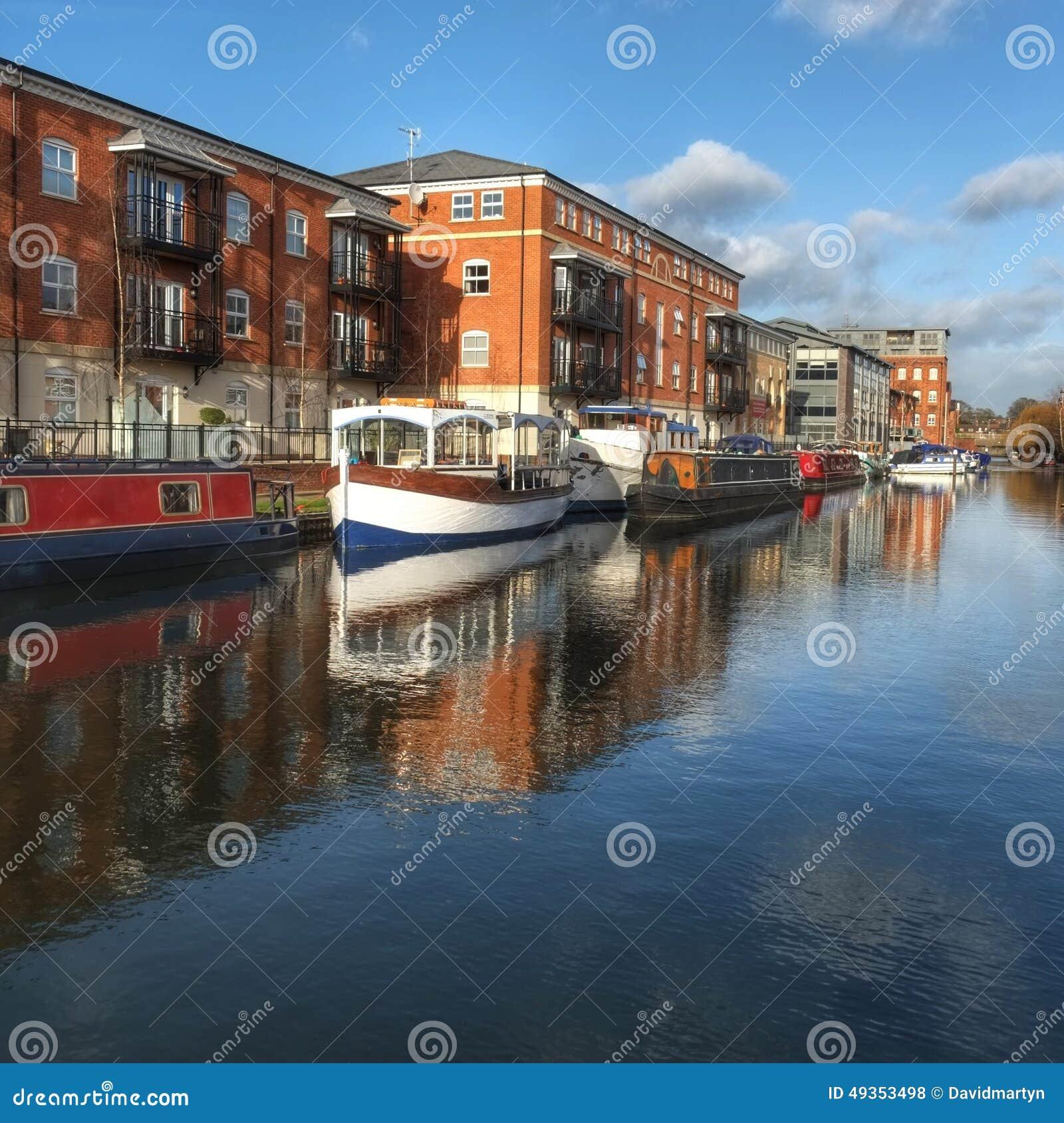 Bassin Worcester R-U de canal