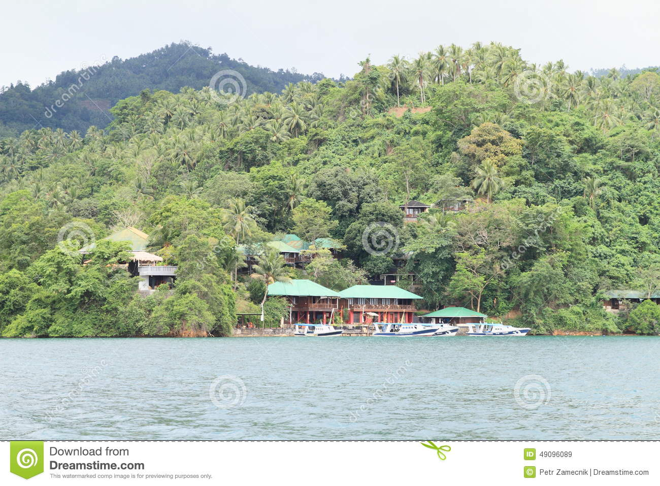 Bastianos Lembeh Diving Resort - diving center