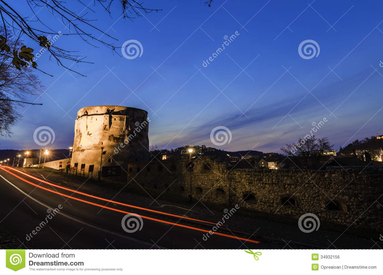 Bastion de citadelle la nuit