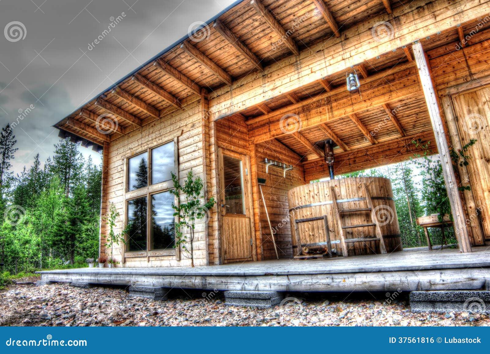 Bastu i skog arkivfoto. Bild av fritid, bastu, ytter - 37561816