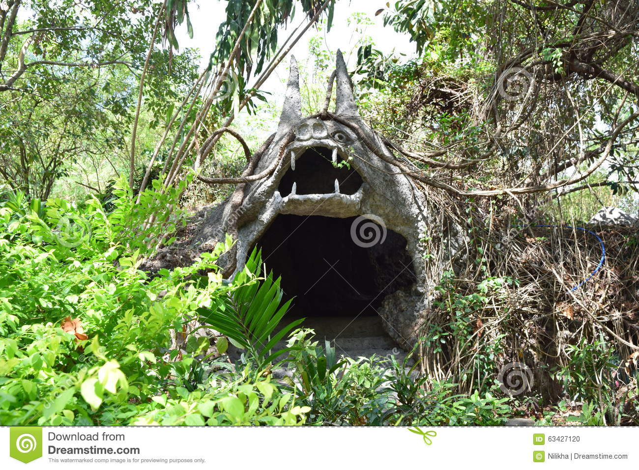 bat cave men Licensed distillery in bat house cave the men here weren't have told him about the bat house at the rear of the cave is a bubbling spring that.